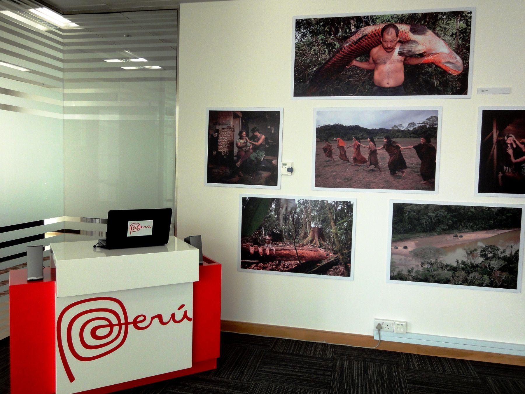 Es la primera vez que se realiza una exhibición de fotos sobre la Amazonía en Dubai.