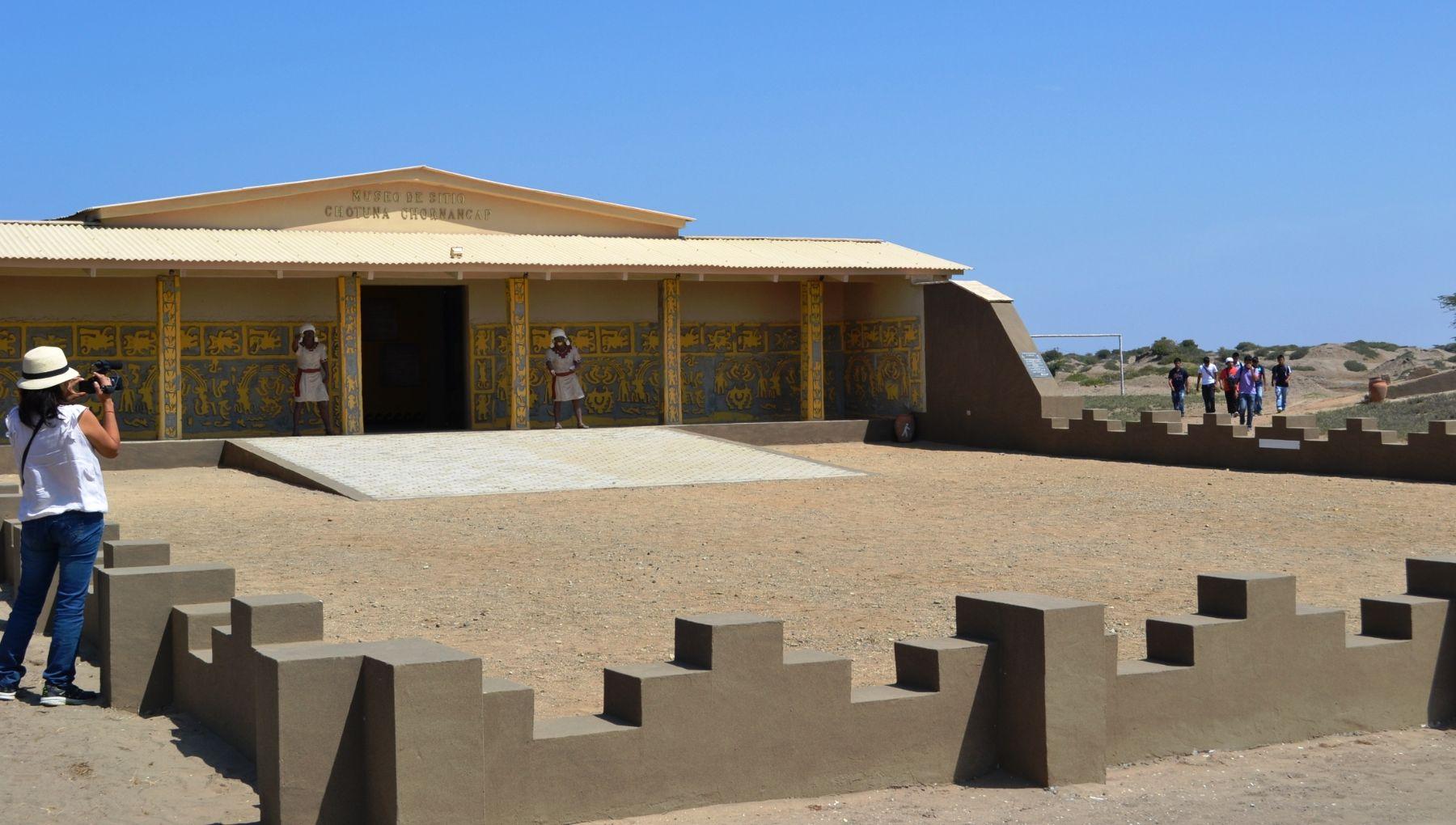 Museo de sitio Chotuna-Chornancap fue edificado siguiendo el estilo tradicional prehispánico.