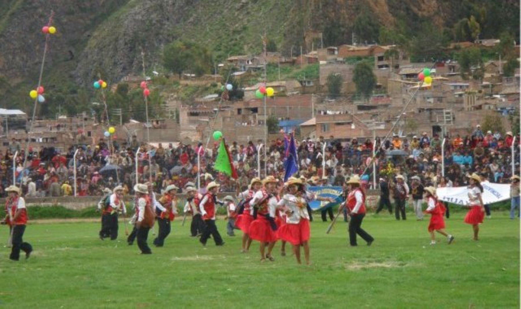 El Carnaval de Churcampa tiene carácter festivo para toda actividad agroganadera.