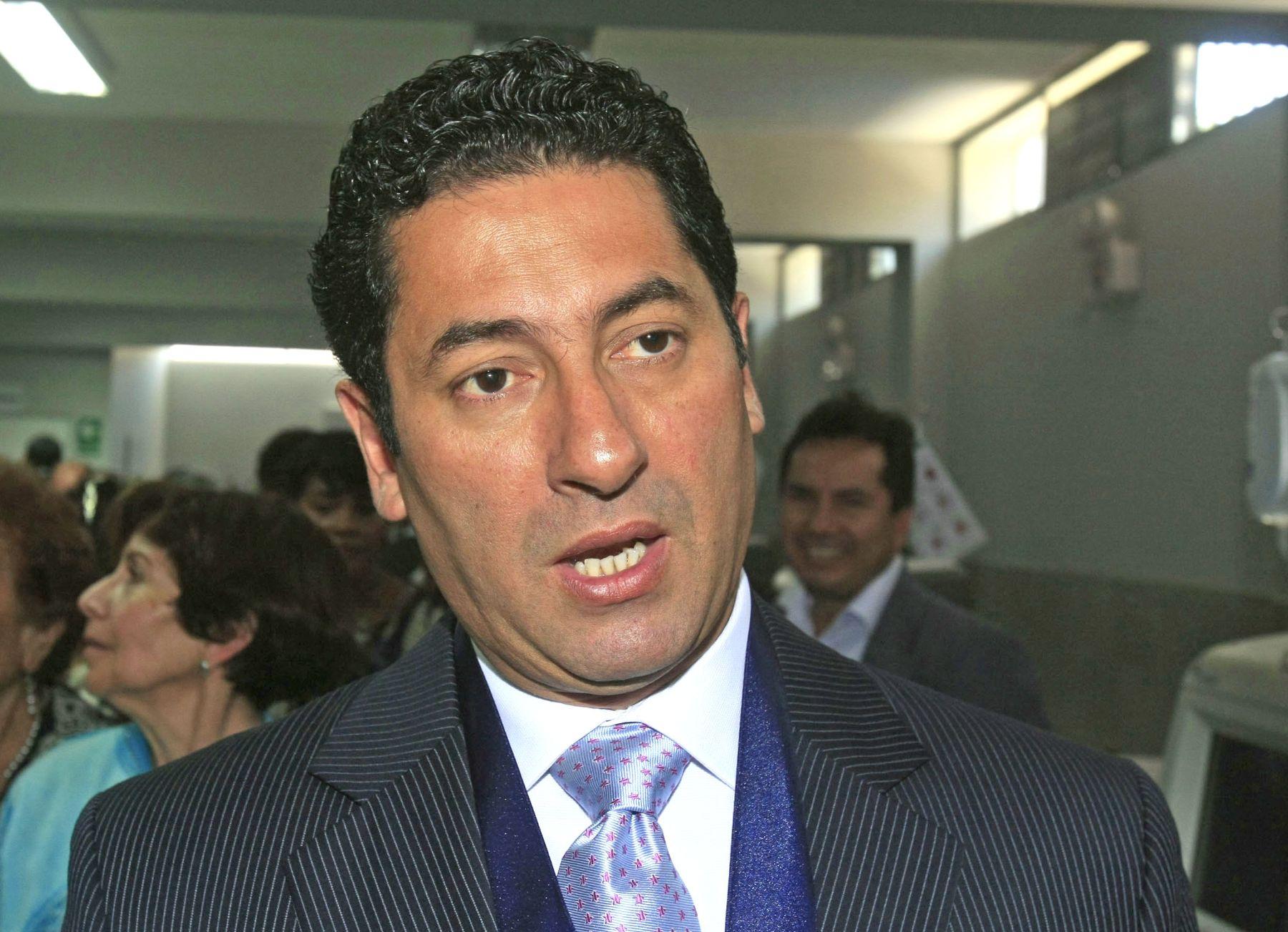 Resultado de imagen para Salvador Heresi Andina