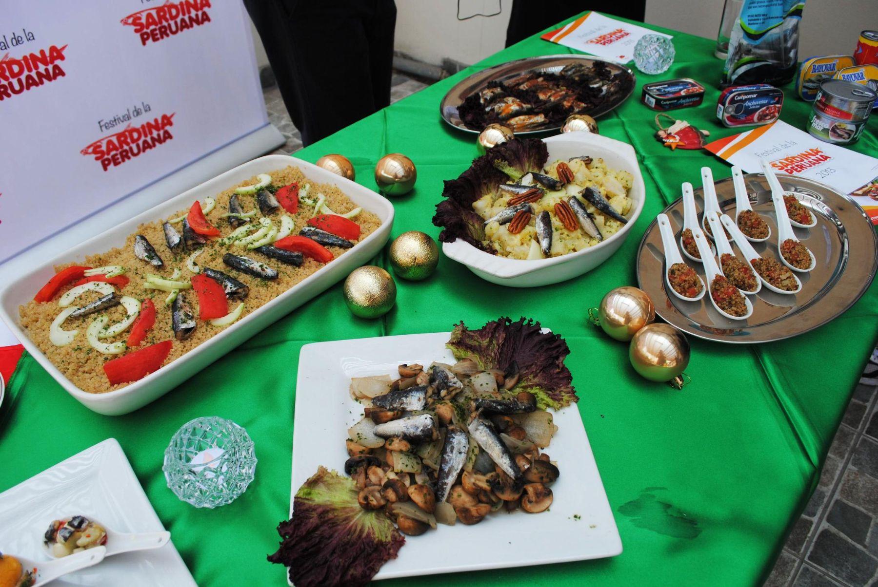Platos elaborados con anchoveta. Foto: ANDINA/Difusión