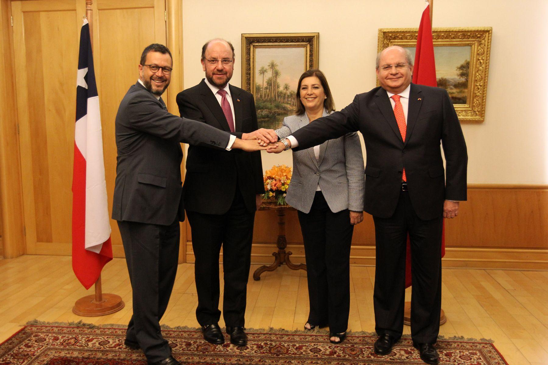 Ministros de Relaciones Exteriores y de Defensa de Perú y Chile se reunieron en Santiago. Foto: Ministerio de Defensa de Chile.