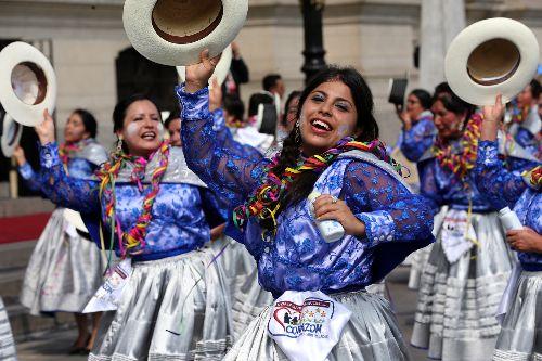 El Carnaval Ayacuchano es uno de los 20 carnavales declarados Patrimonio Cultural de la Nación y el primero en recibir dicho reconocimiento del Estado peruano en el año 2003. ANDINA/Archivo