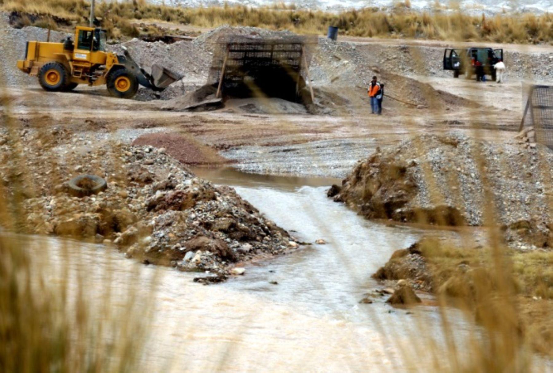 El OEFA ordenó a la minera Chinalco paralizar las actividades que causan vertimientos contaminantes en su unidad Toromocho, ubicada en Junín.