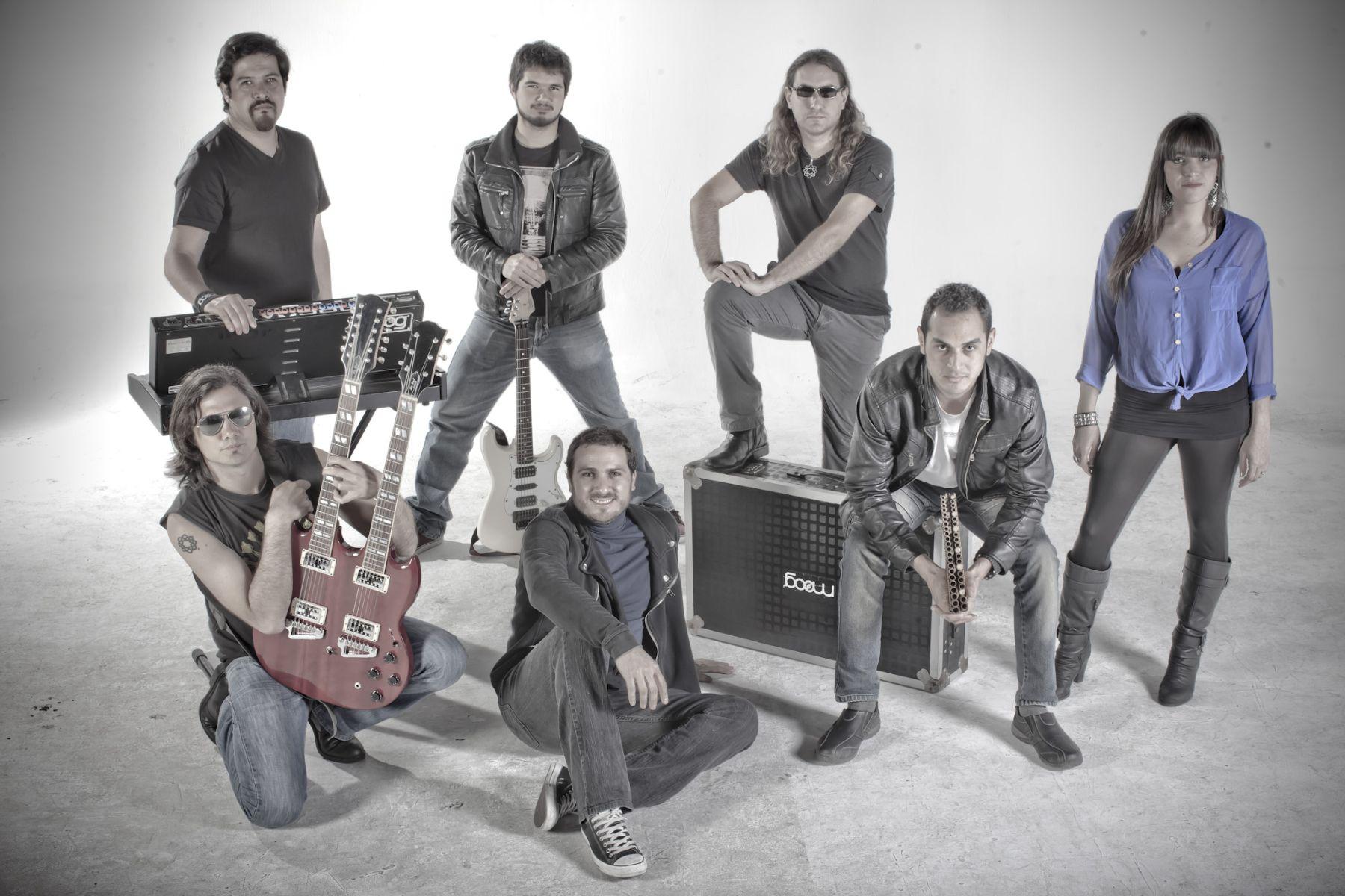 Banda peruana de hard rock/fusión Flor de Loto