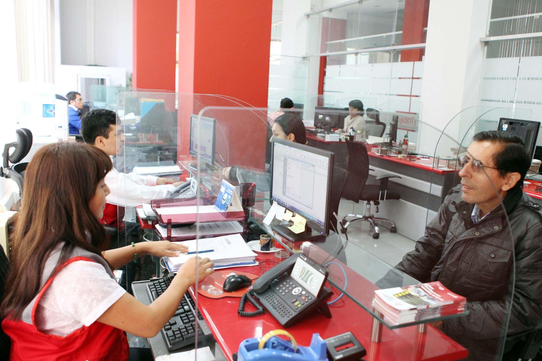 Servicio de Orientación al Migrante del Ministerio de Trabajo y Promoción del Empleo.