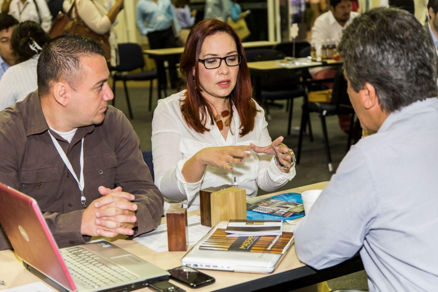 Empresas peruanas participan en macrorrueda Alianza del Pacífico en Puerto Vallarta, México. Foto: Mincetur