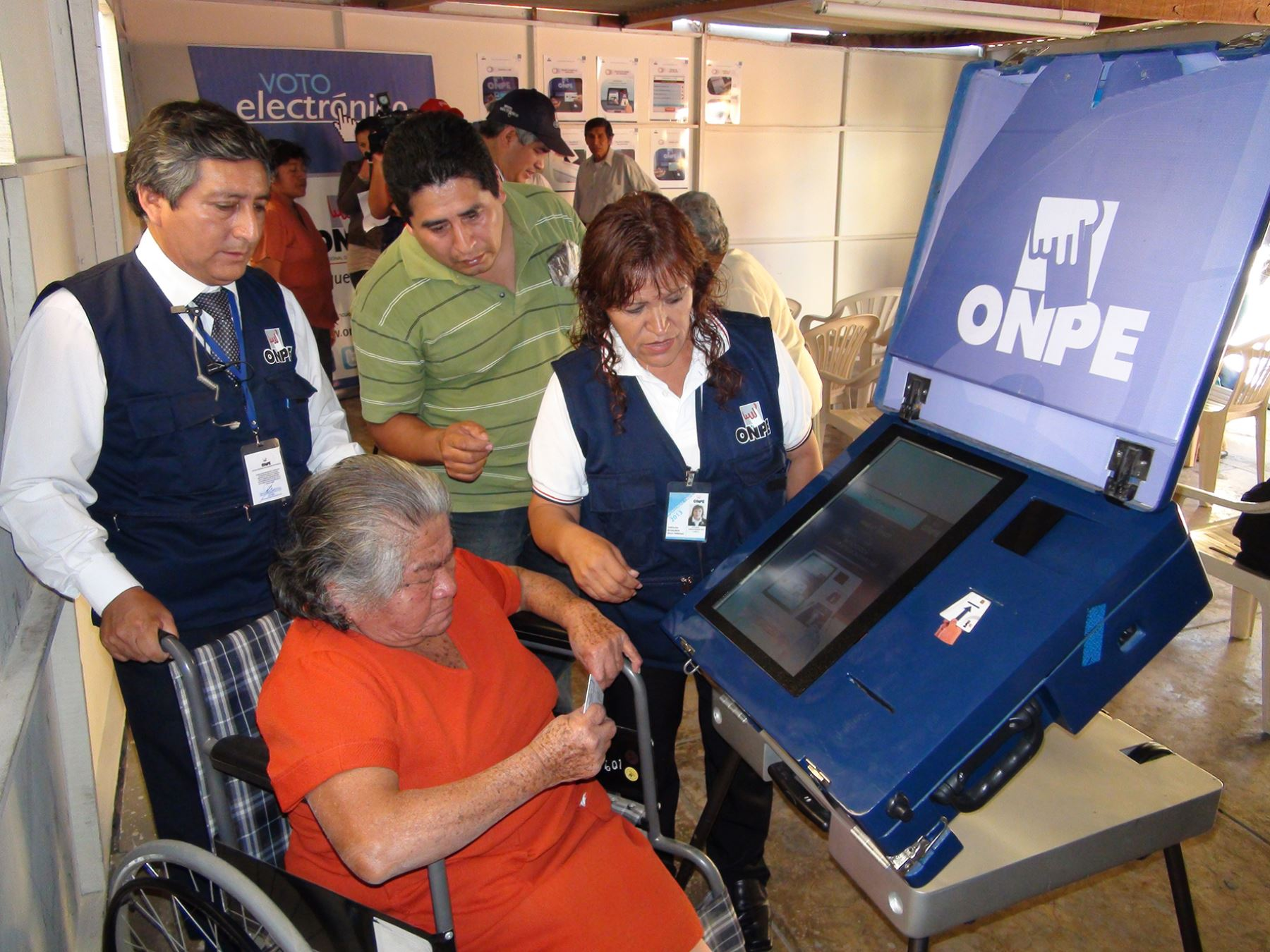 Voto electrónico Foto: ONPE