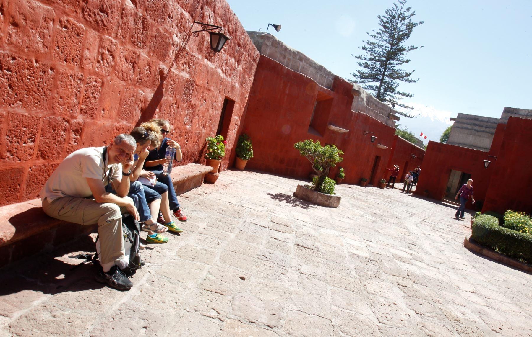 El Monasterio Santa Catalina de Arequipa atesora valiosas obras de arte.