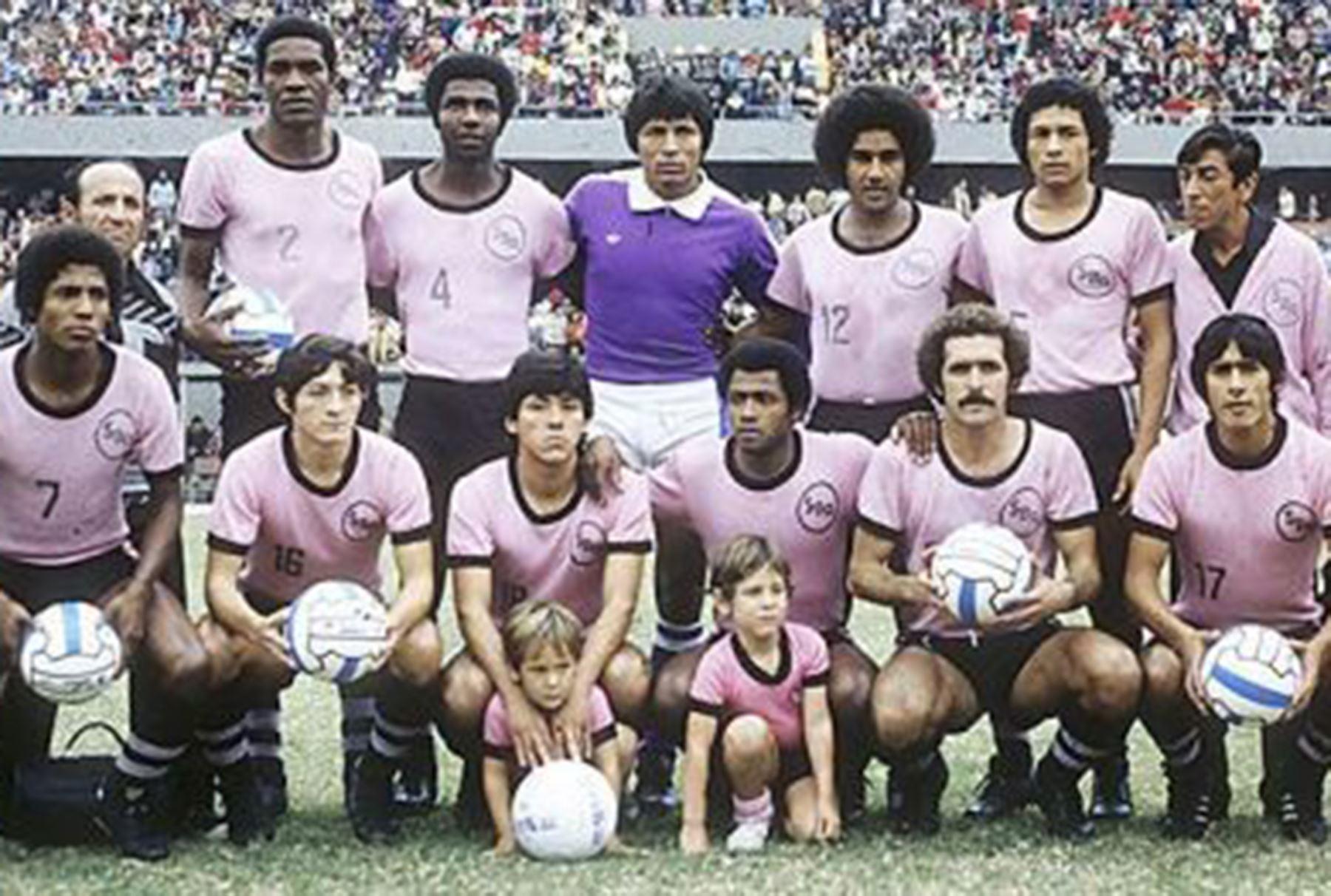 Formación del Sport Boys de los años 70.