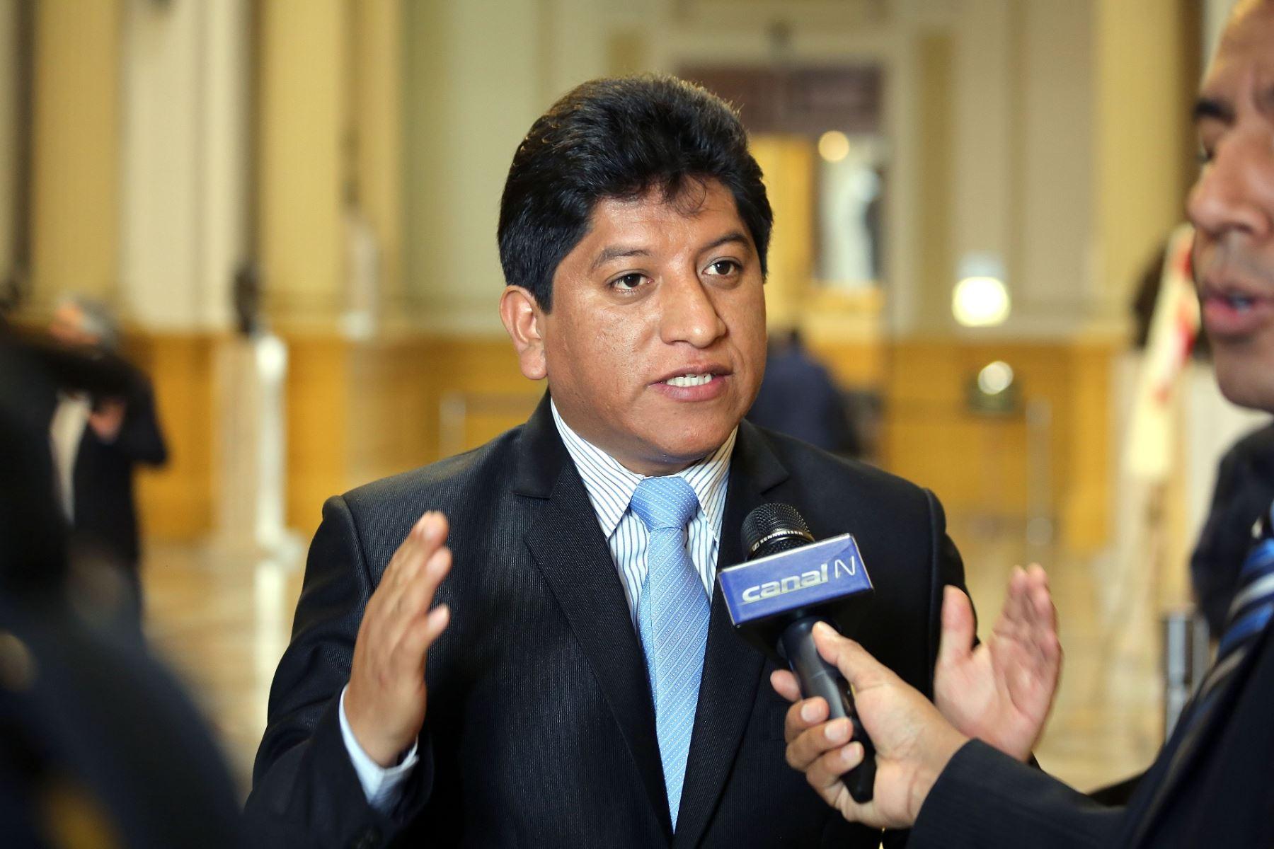 ANDINA/Difusión El vocero de la bancada Nacionalista Gana Perú se manifestó en contra de la anunciada moción de interpelación contra el ministro de Justicia.