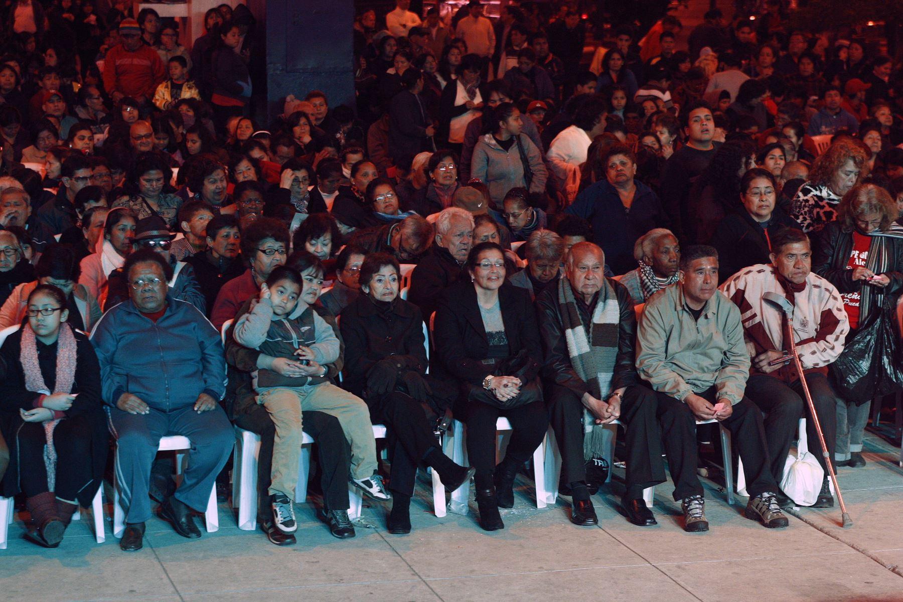 LIMA,PERÚ-OCTUBRE 02.Cierre de campaña de partidos Fuerza Popula,Partido Aprista y Dialogo Vecinal.Foto:ANDINA/Héctor Vinces.