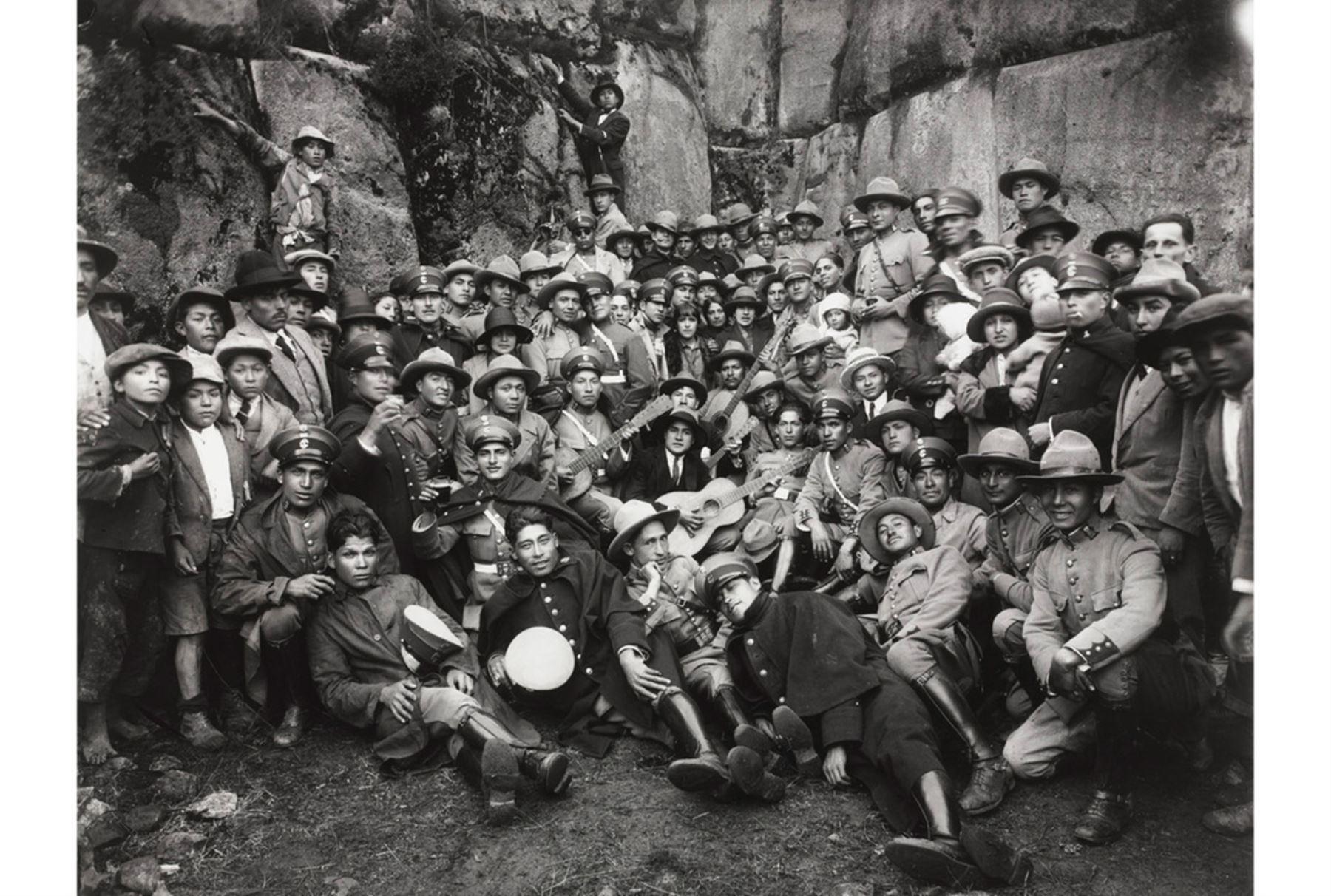 Al conmemorarse hoy el 128 aniversario de su natalicio, la obra de Martín Chambi, el fotógrafo peruano más ilustre del siglo XX, es declarada como Patrimonio Cultural de la Nación. ANDINA/Difusión