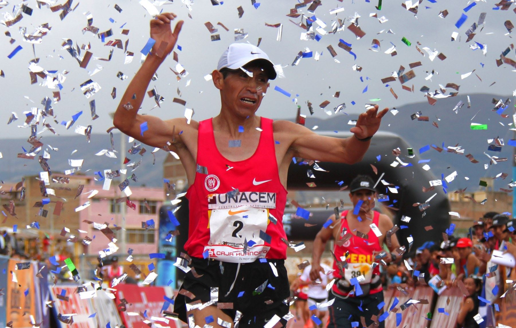Raúl Pacheco se impuso claramente en la Maratón de los Andes, en Huancayo, Junín.
