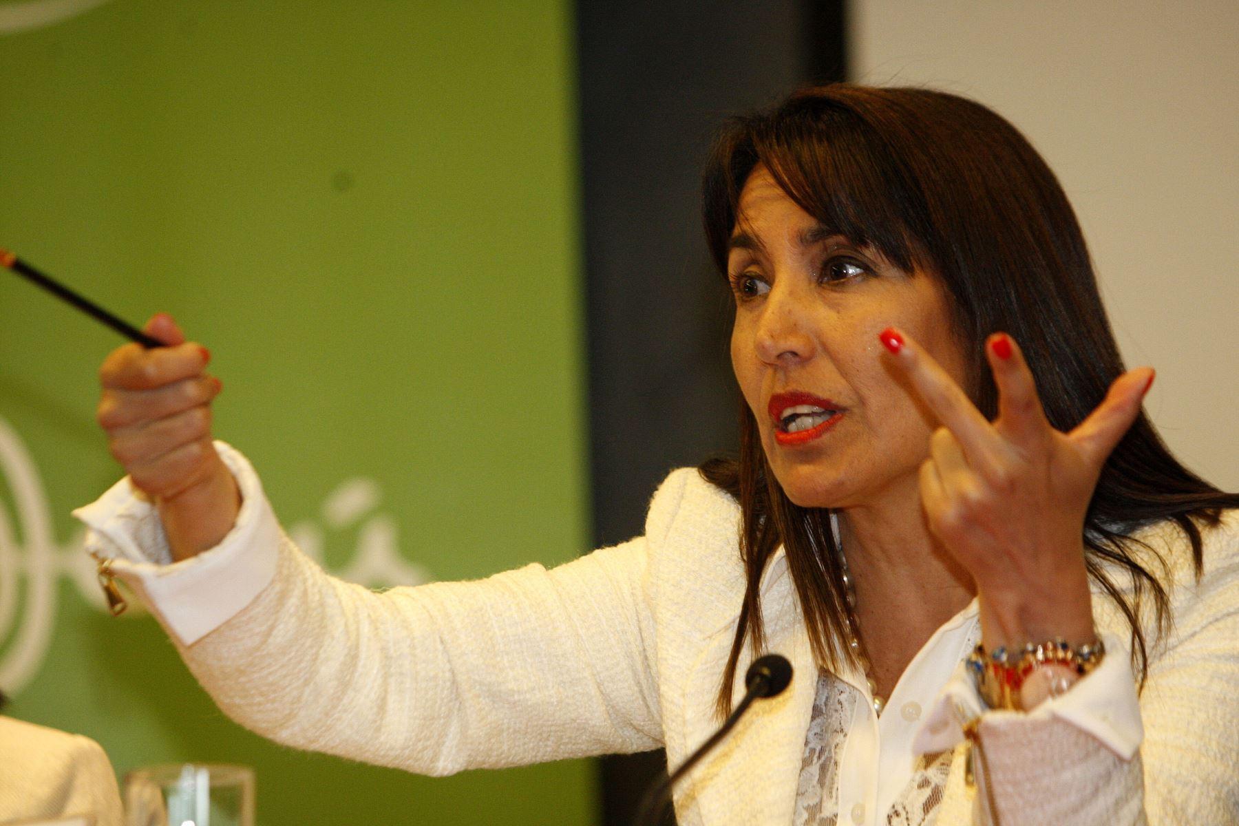 LIMA,PERÚ-DICIEMBRE 22.Conferencia de Prensa de Ministra de Comercio Exterior y Turismo Magaly Silva.Foto:ANDINA/Héctor Vinces.