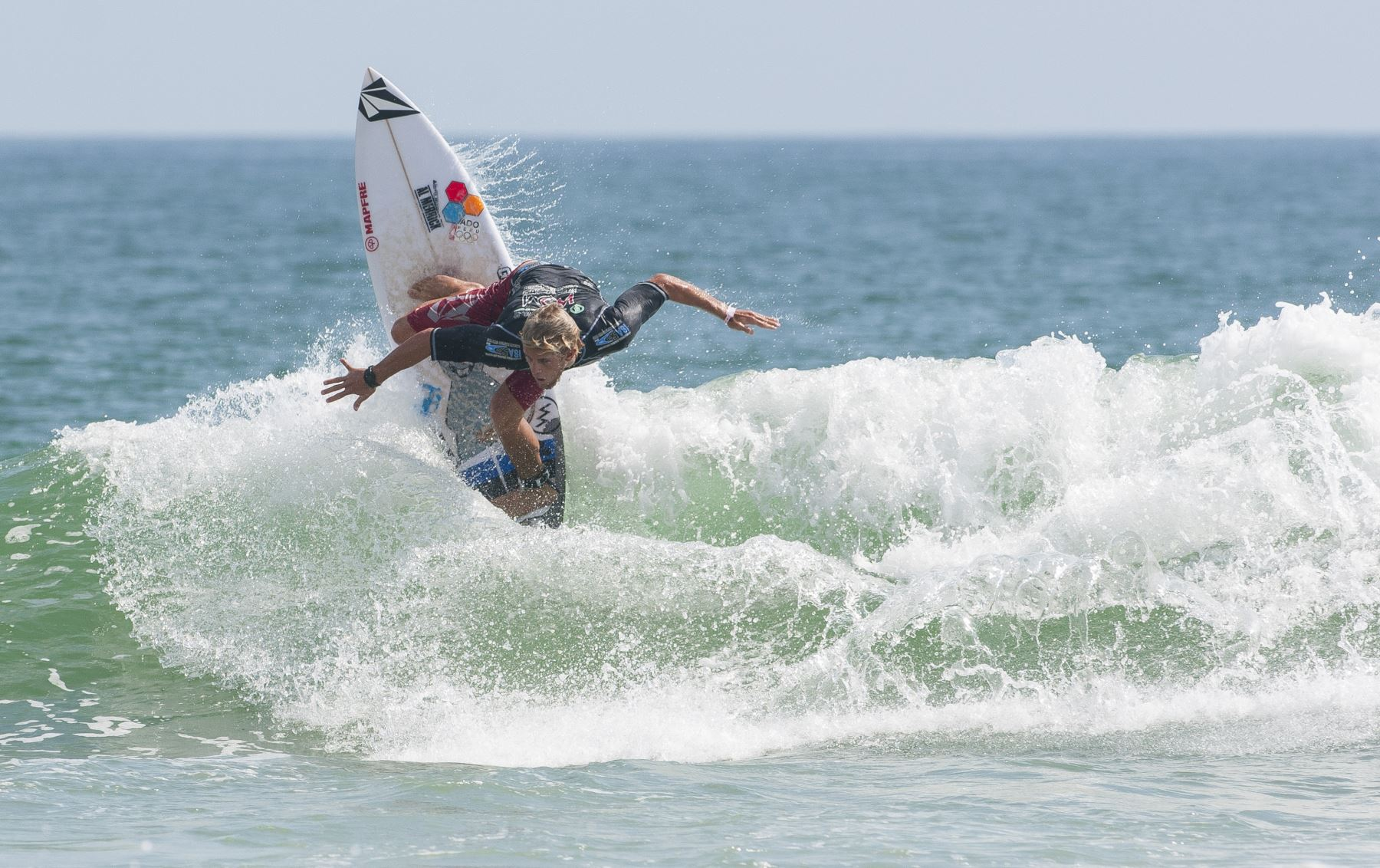 Circuito Mundial De Surf : Miguel tudela rumbo al título en el circuito mundial de surf en