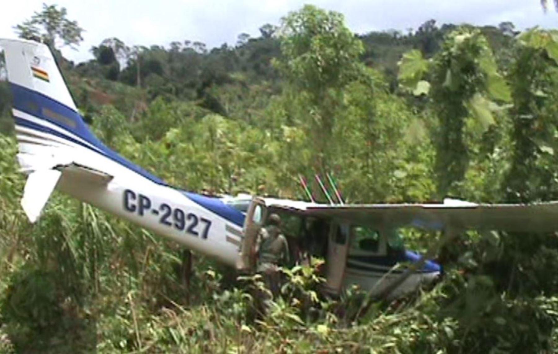 Una nueva avioneta de matrícula boliviana que transportaba droga fue derribada por la policía en el Vraem. Foto: ANDINA.