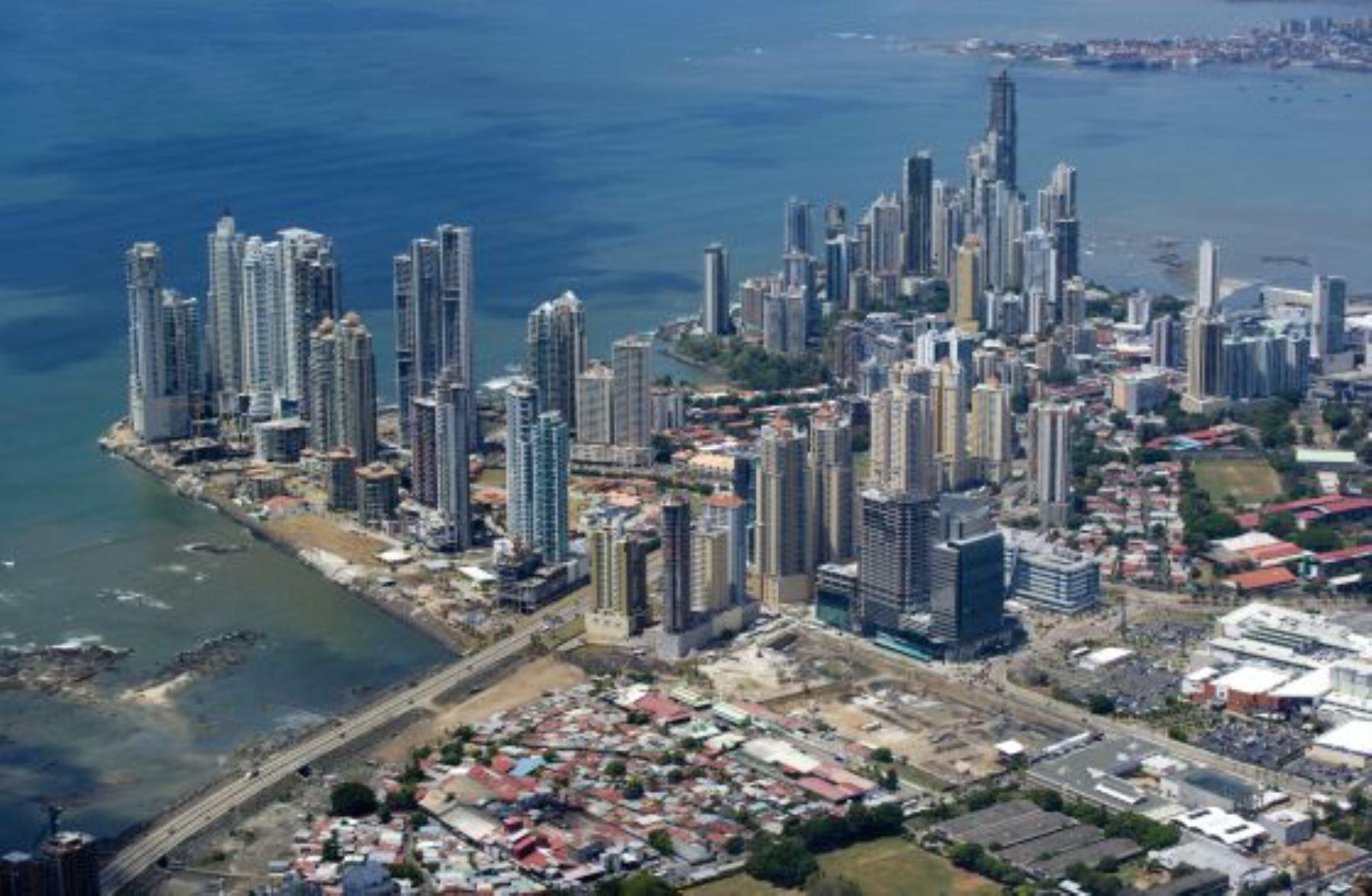 """Habría 70,000 empresas """"offshores"""" creadas por peruanos en paraísos fiscales    Noticias   Agencia Peruana de Noticias Andina"""
