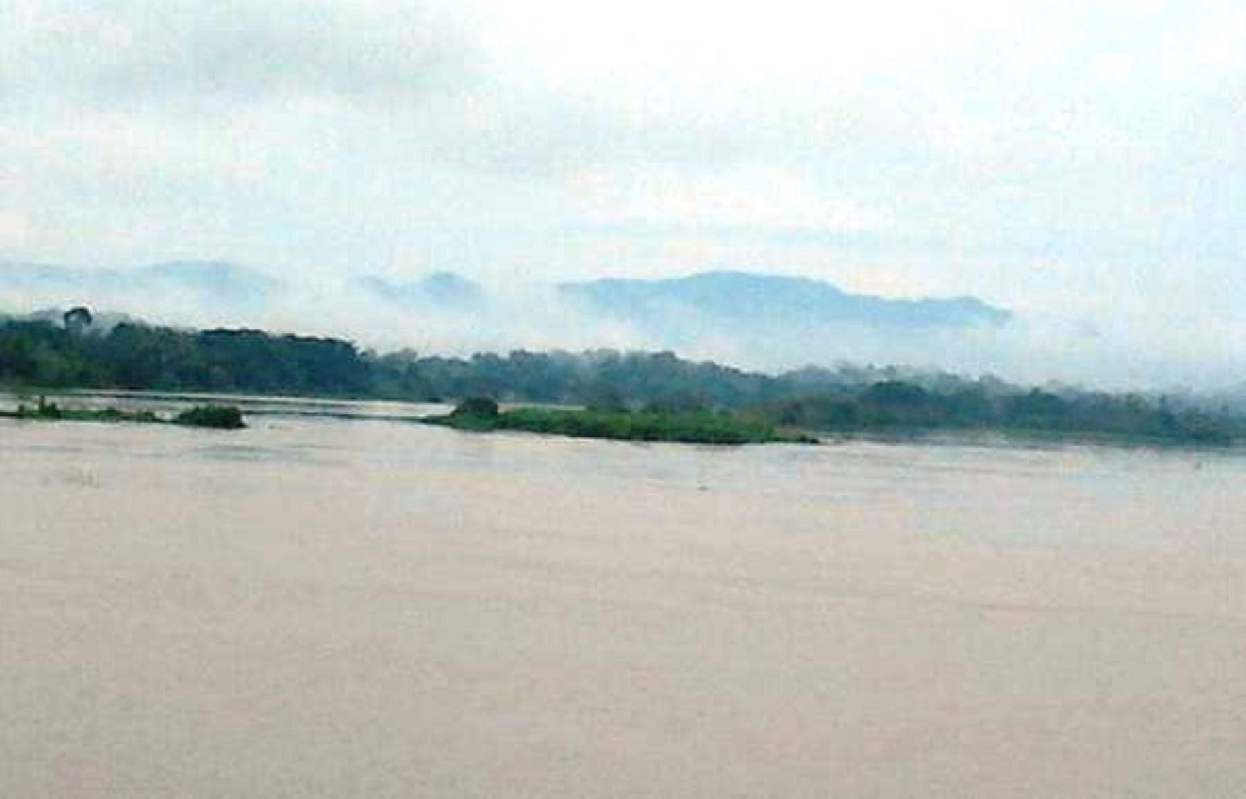 Nivel de ríos amazónicos aumenta por presencia de lluvias intensas en la selva.