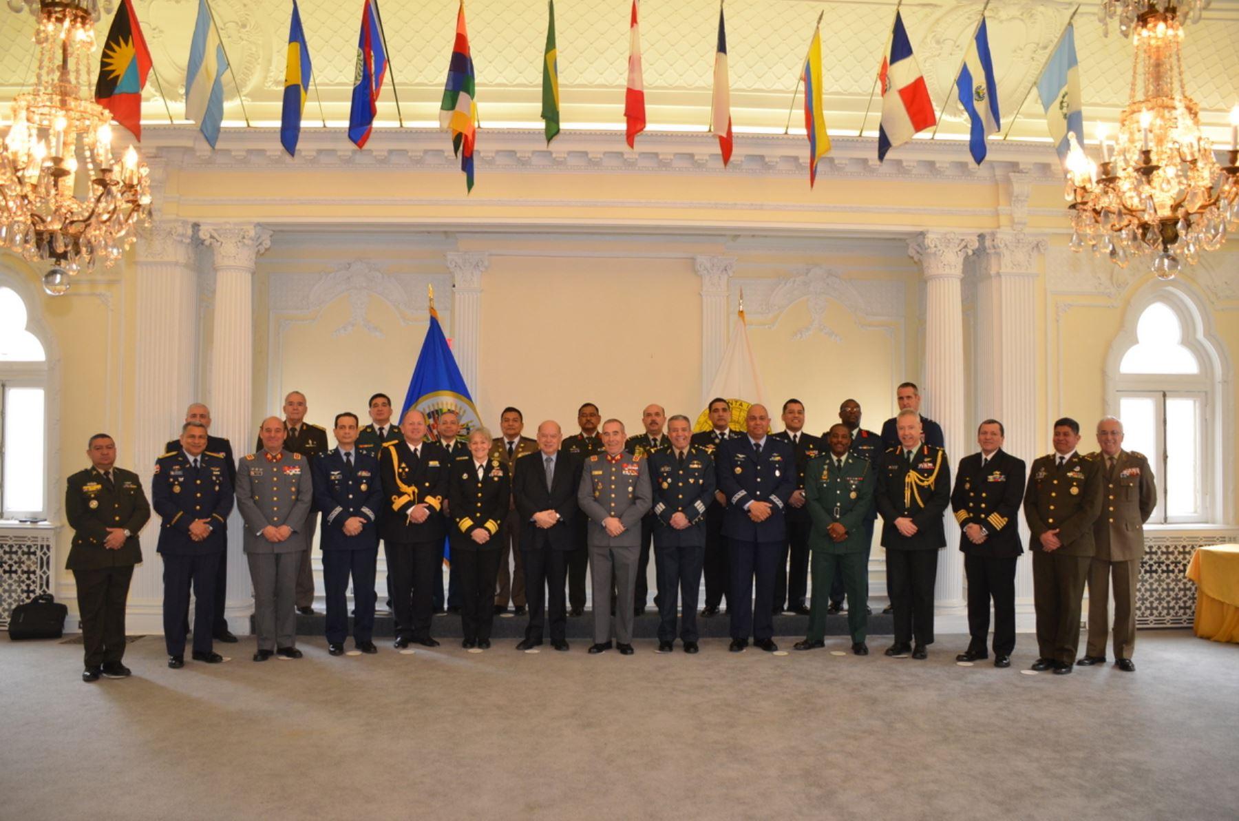 Miembros de la Junta Interamericana de Defensa con sede en Washington, marzo del 2015.