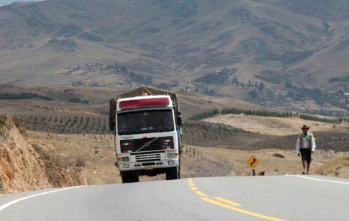 Un total de 25 proyectos de transporte en Cusco podrán adecuarse a las normas ambientales, afirma el MTC. ANDINA