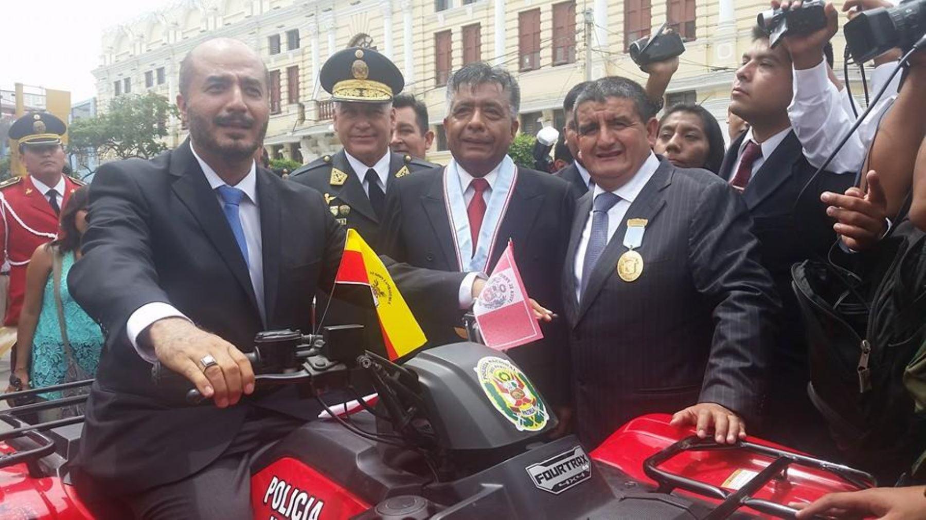 Gobierno regional  entregó a la Policía Nacional 240 motocicletas para enfrentar inseguridad.