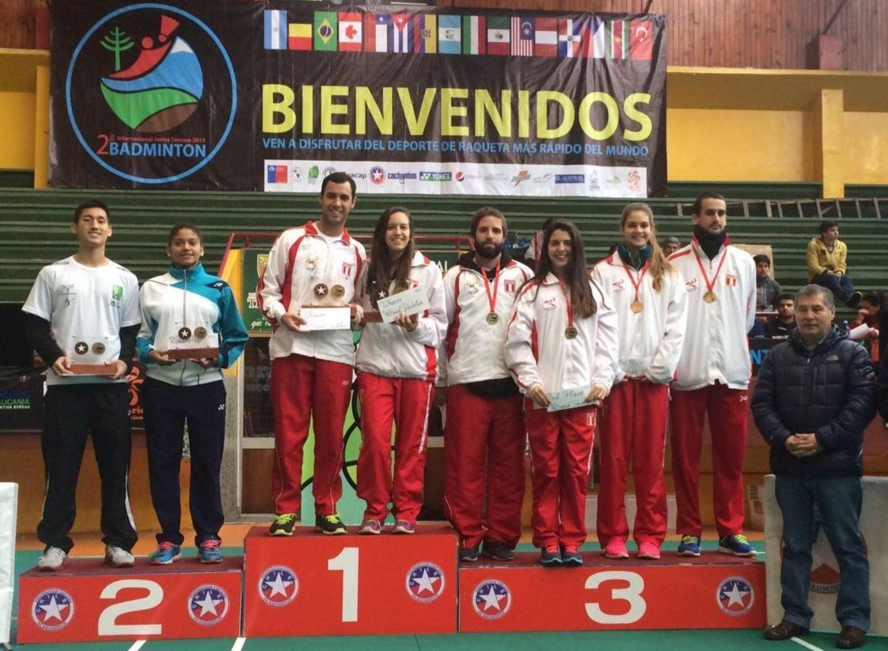 Bádminton peruano conquistó cinco medallas en torneo en Chile