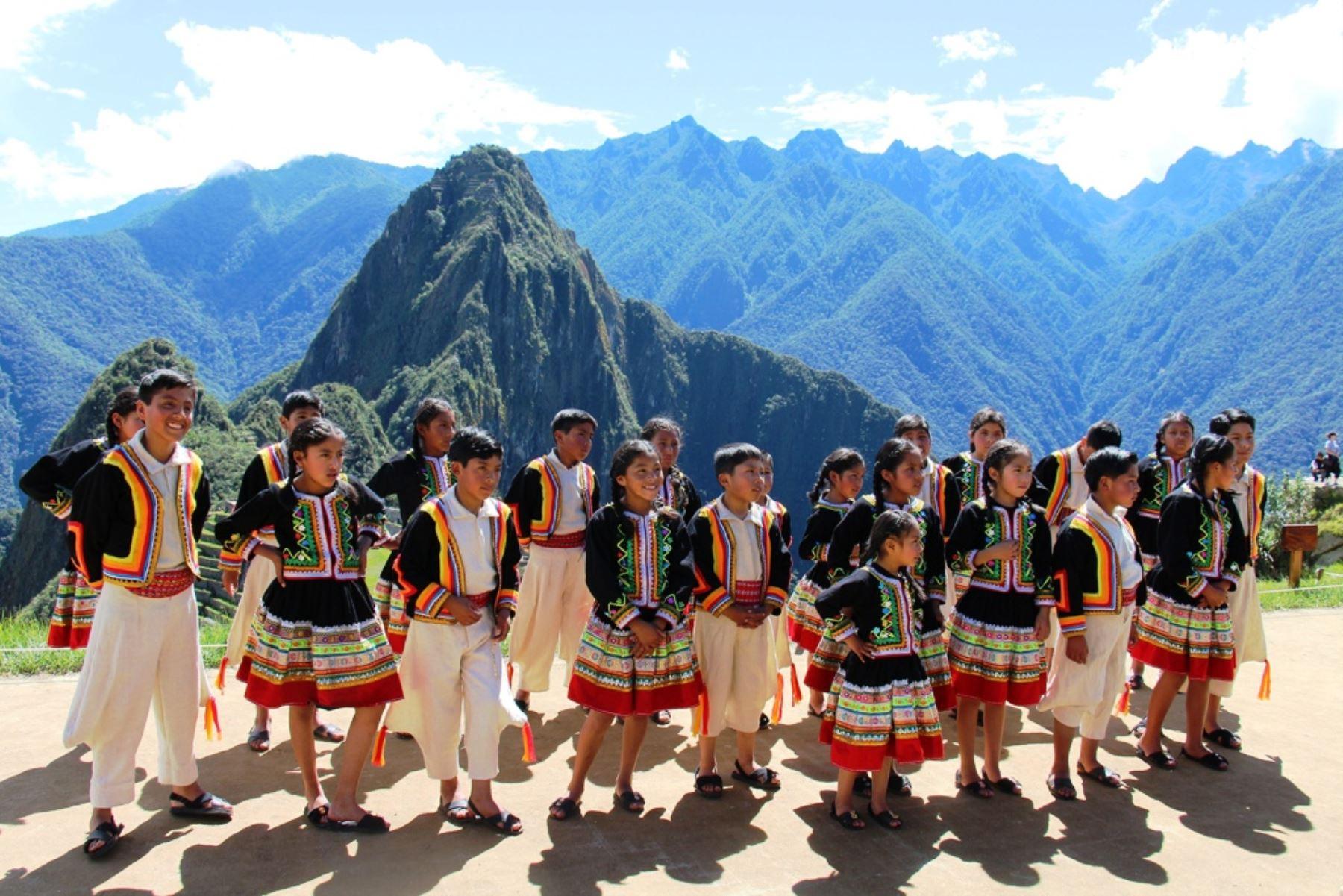 ANDINA/DifusiónMachu Picchu, Kuélap y otros sitios que enorgullecen a los peruanos. ANDINA
