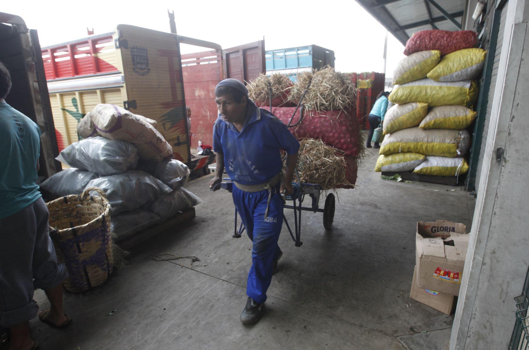 Suben precios en provincias. ANDINA/Juan Carlos Guzmán