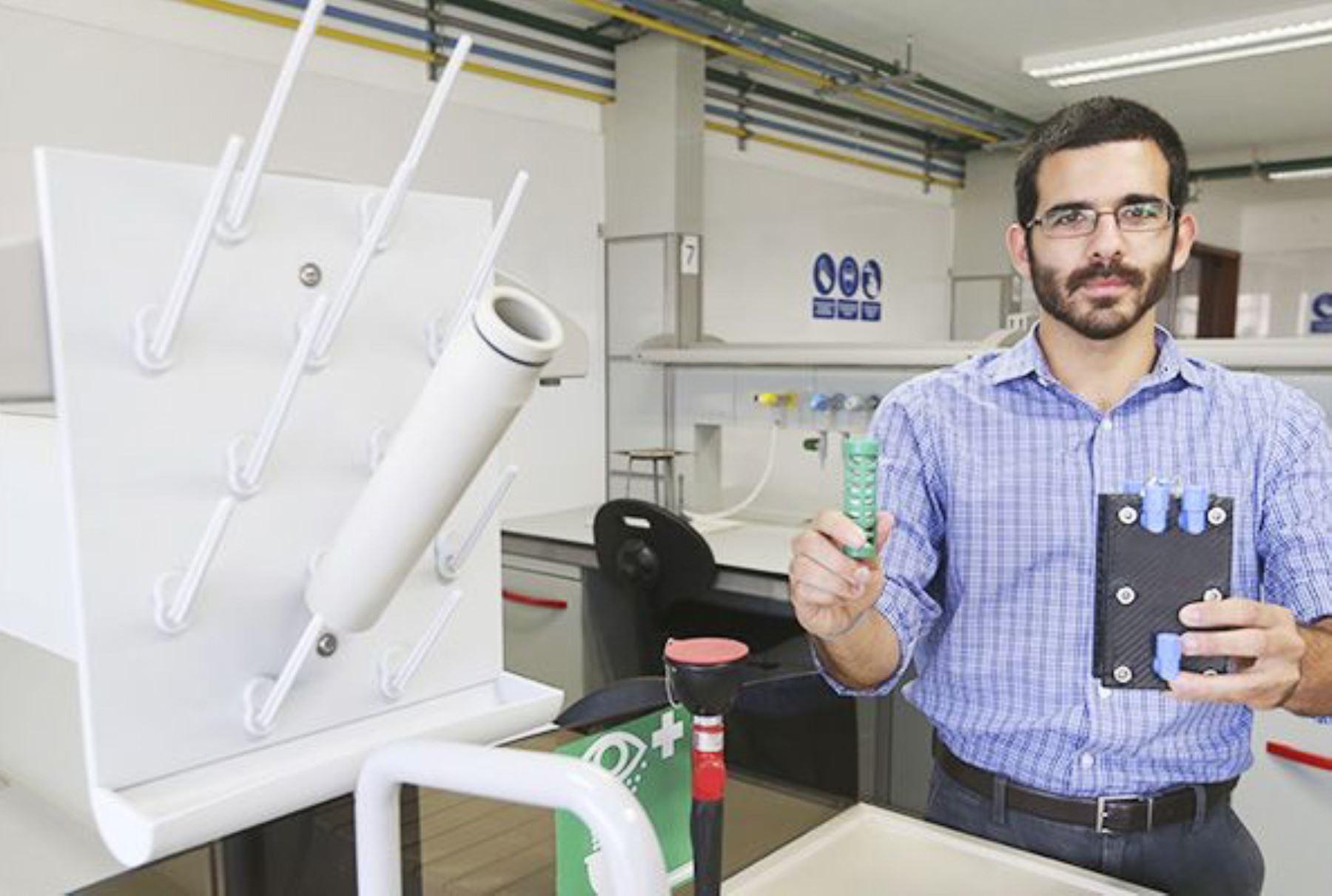 Tecnología creada por científico Rodrigo Casas permite ahorrar 40% de combustibles y conserva el ambiente.