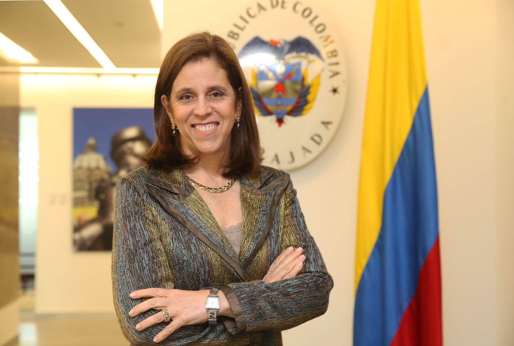 Embajadora de Colombia en Perú, María Elvira Pombo. ANDINA/Oscar Farje