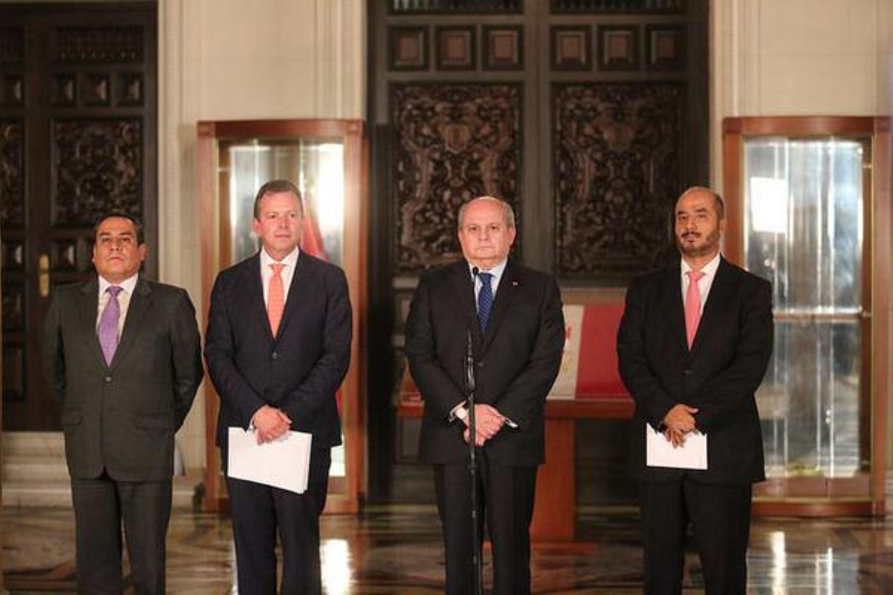 Jefe del Gabinete, Pedro Cateriano, anunció en conferencia de prensa declaratoria de emergencia en Islay, Arequipa.