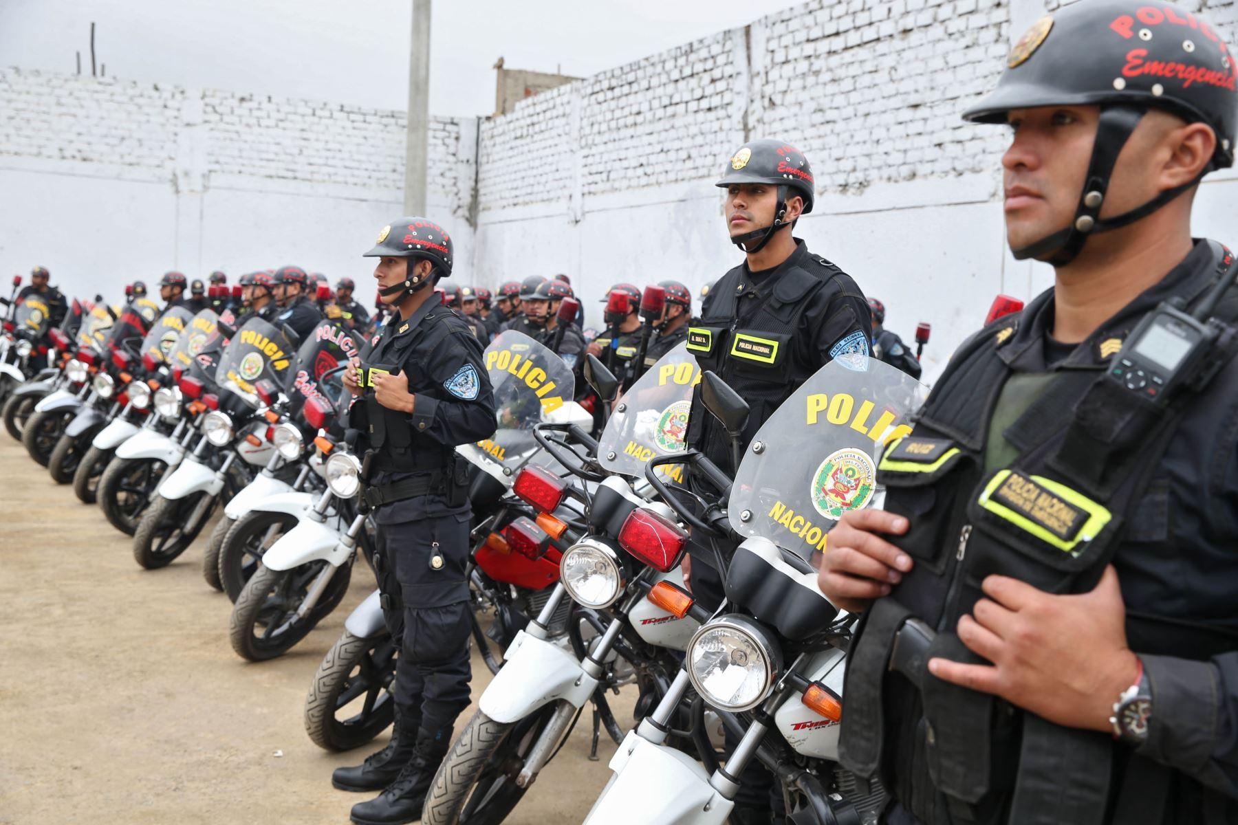 200 policías motorizados patrullarán inmediaciones de colegios en San Juan de Lurigancho para proteger a comunidad educativa. ANDINA/Oscar Farje