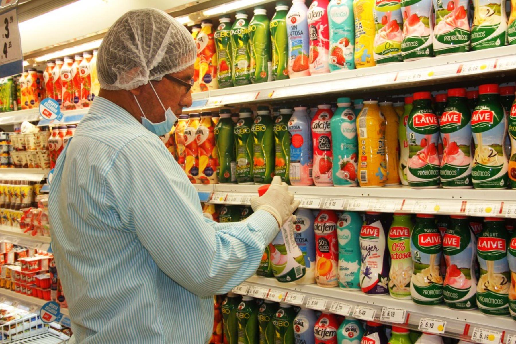 Comestibles industrializados deberán ser etiquetados con octógonos. Foto: ANDINA/Difusión