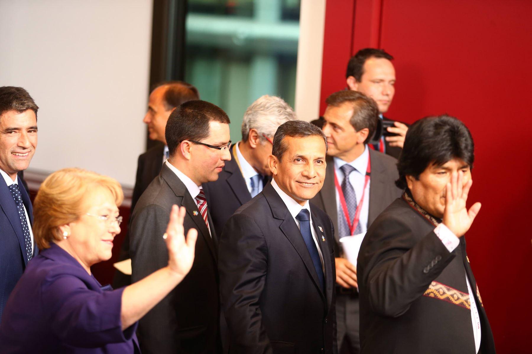 Presidente Ollanta Humala participa en II Cumbre Celac-UE.
