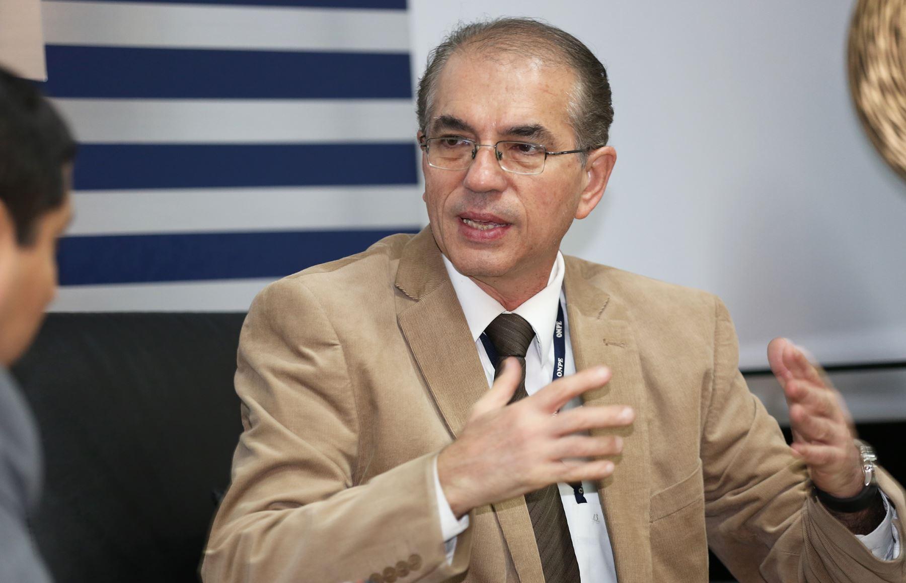 Luis Barboza Dávila, jefe de verificación y control de la ONPE.