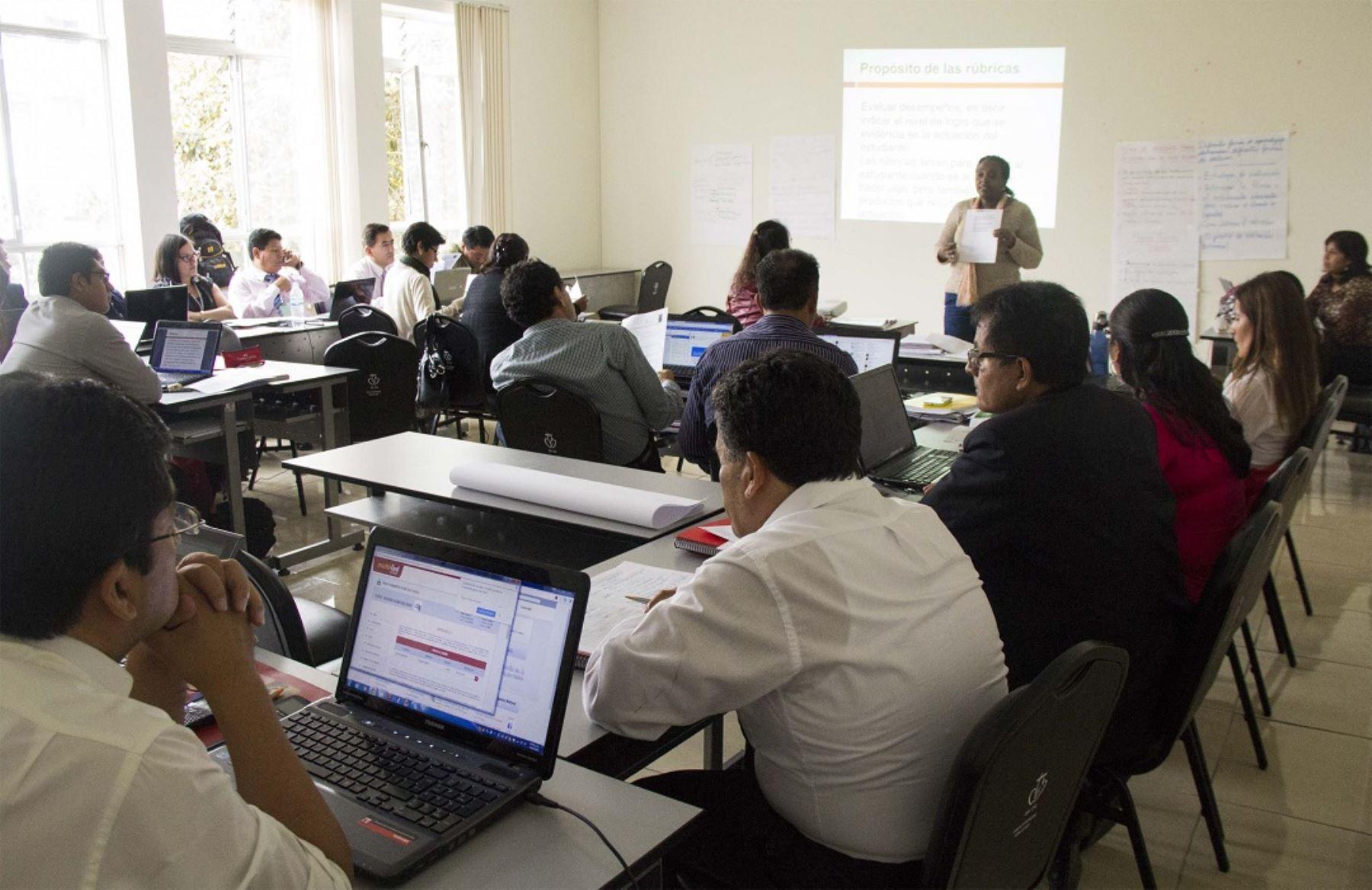 Capacitarán a docentes de Moquegua en temas de innovación educativa. ANDINA/Difusión