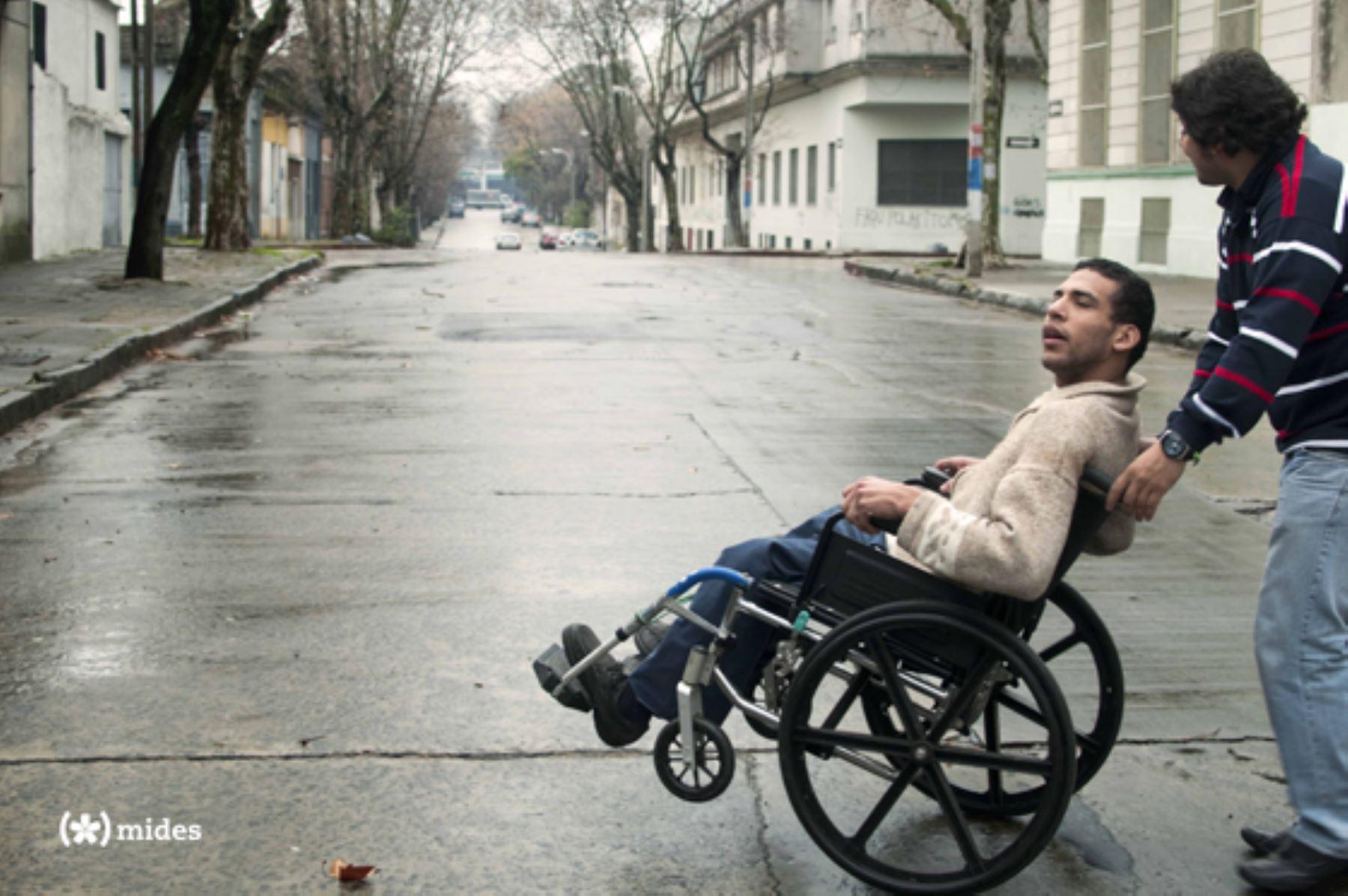 Pensión No contributiva para personas con discapacidad severa pobres, a partir de agosto