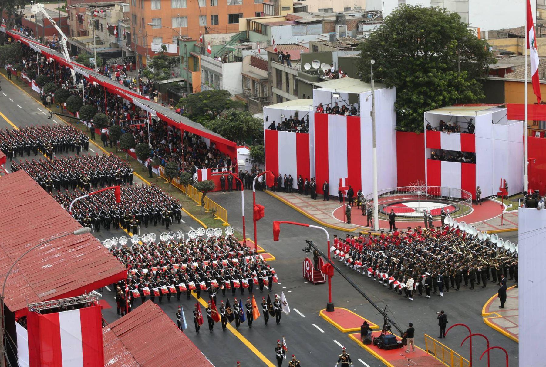 Peru Independence Day Celebrations Continue With Military Parade News Andina Peru News Agency