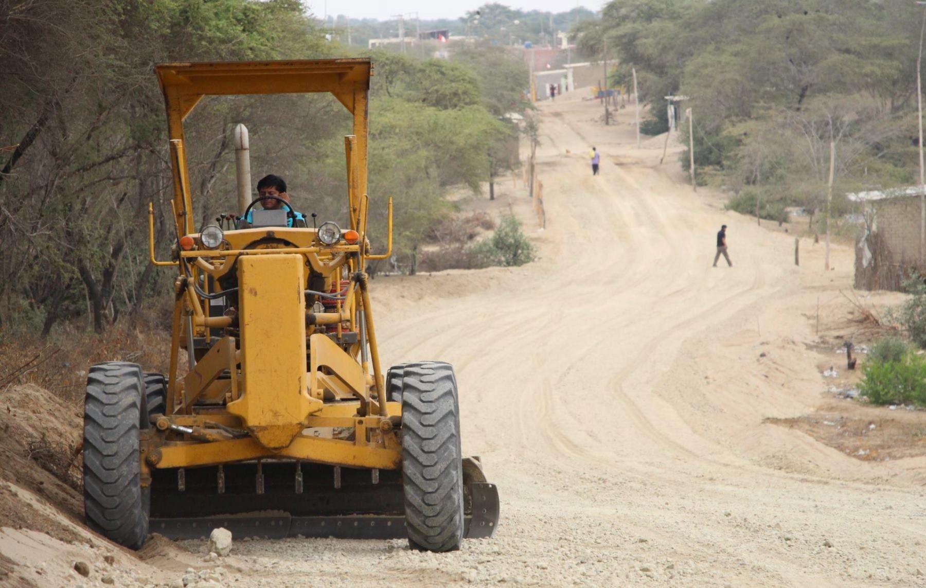 Reconstrucción con Cambios transfiere S/ 19.5 millones a Piura para futuras obras en caminos vecinales. ANDINA