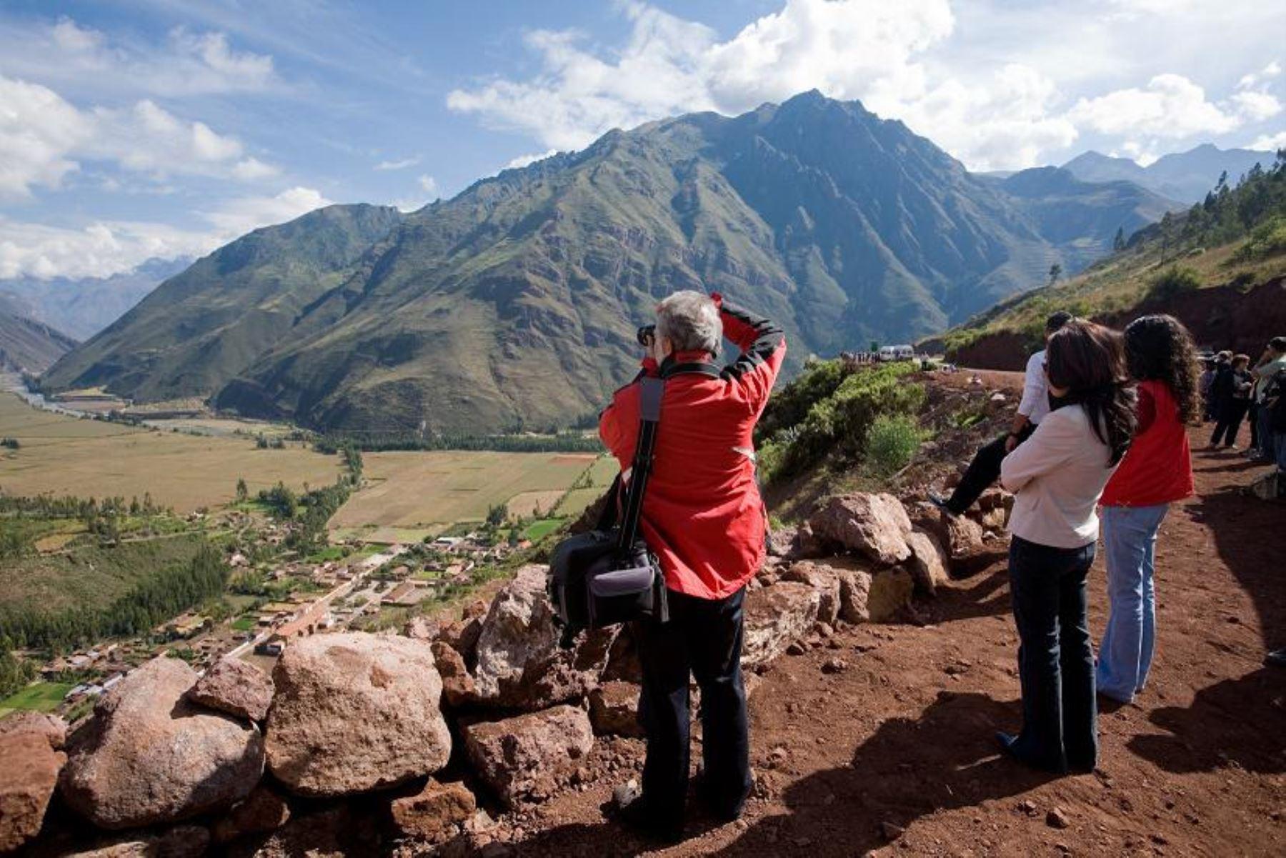 Turistas extranjeros en Perú.