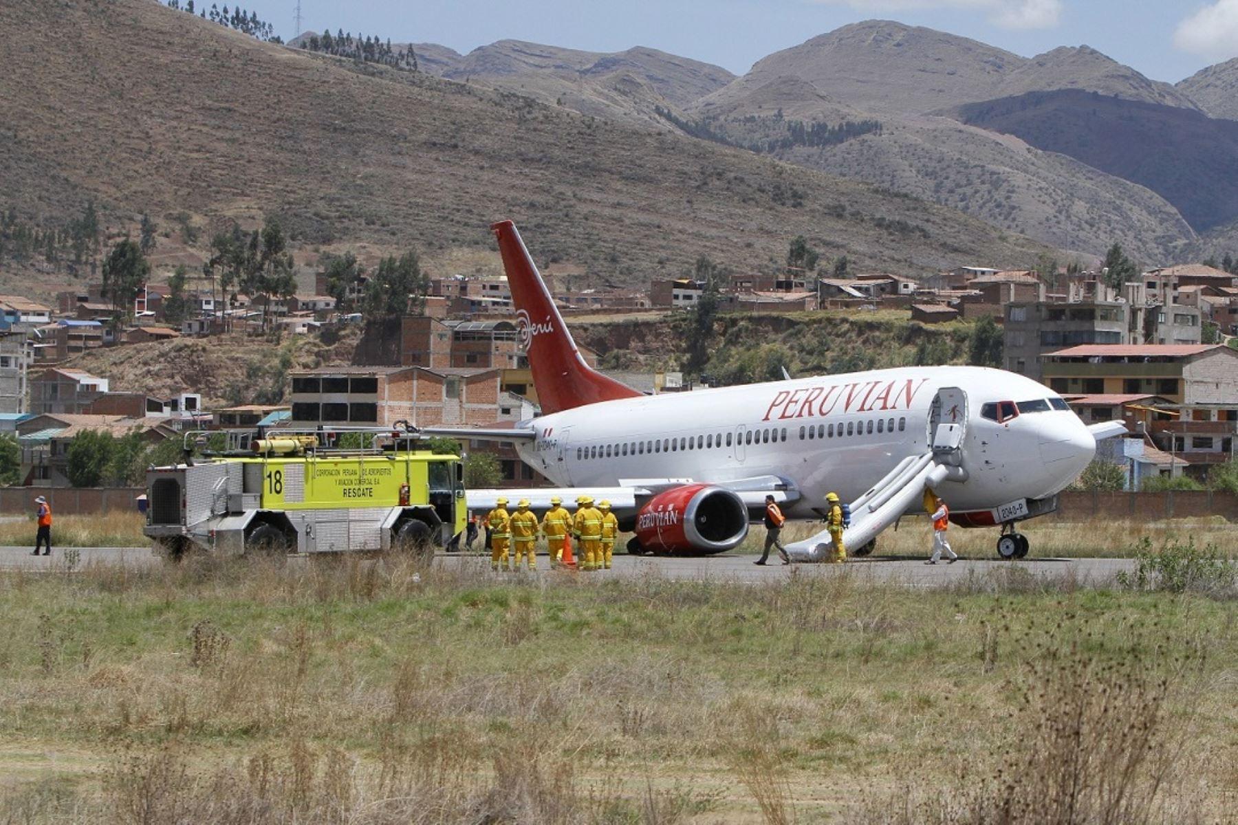 Avion Sufre Desperfecto Y Causa Alarma En El Aeropuerto Del Cusco Noticias Agencia Peruana De Noticias Andina