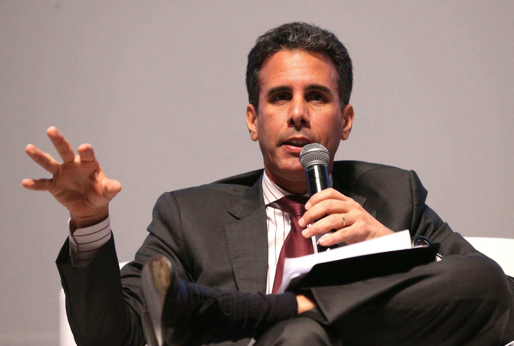 Economista Piero Ghezzi. ANDINA/Norman Córdova