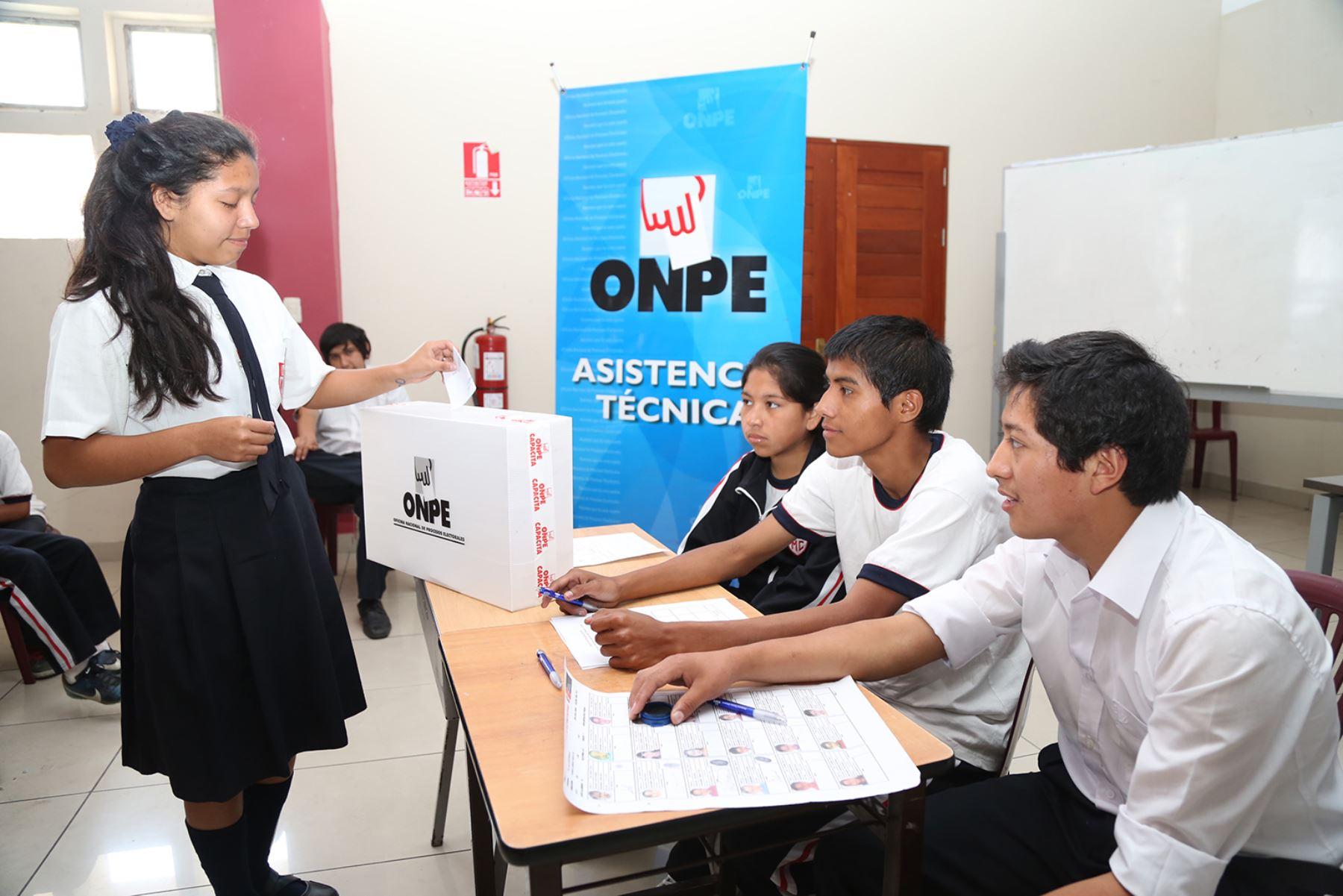 Onpe Dará Asistencia Técnica A Elecciones De Municipios Escolares