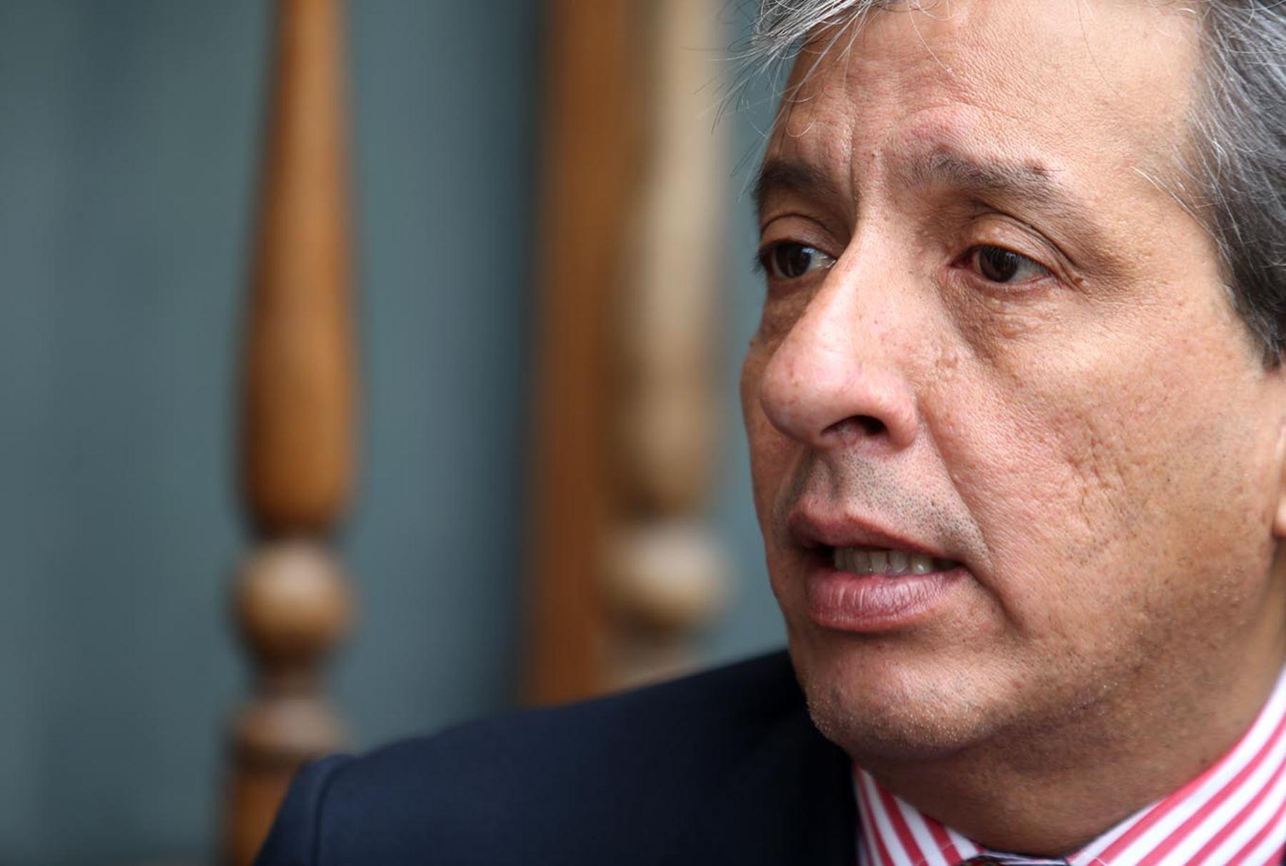 ANDINA/Melina Mejía Preocupación por el daño causado por el petróleo derramado en la Amazonía, expresó el ministro Manuel Pulgar Vidal.