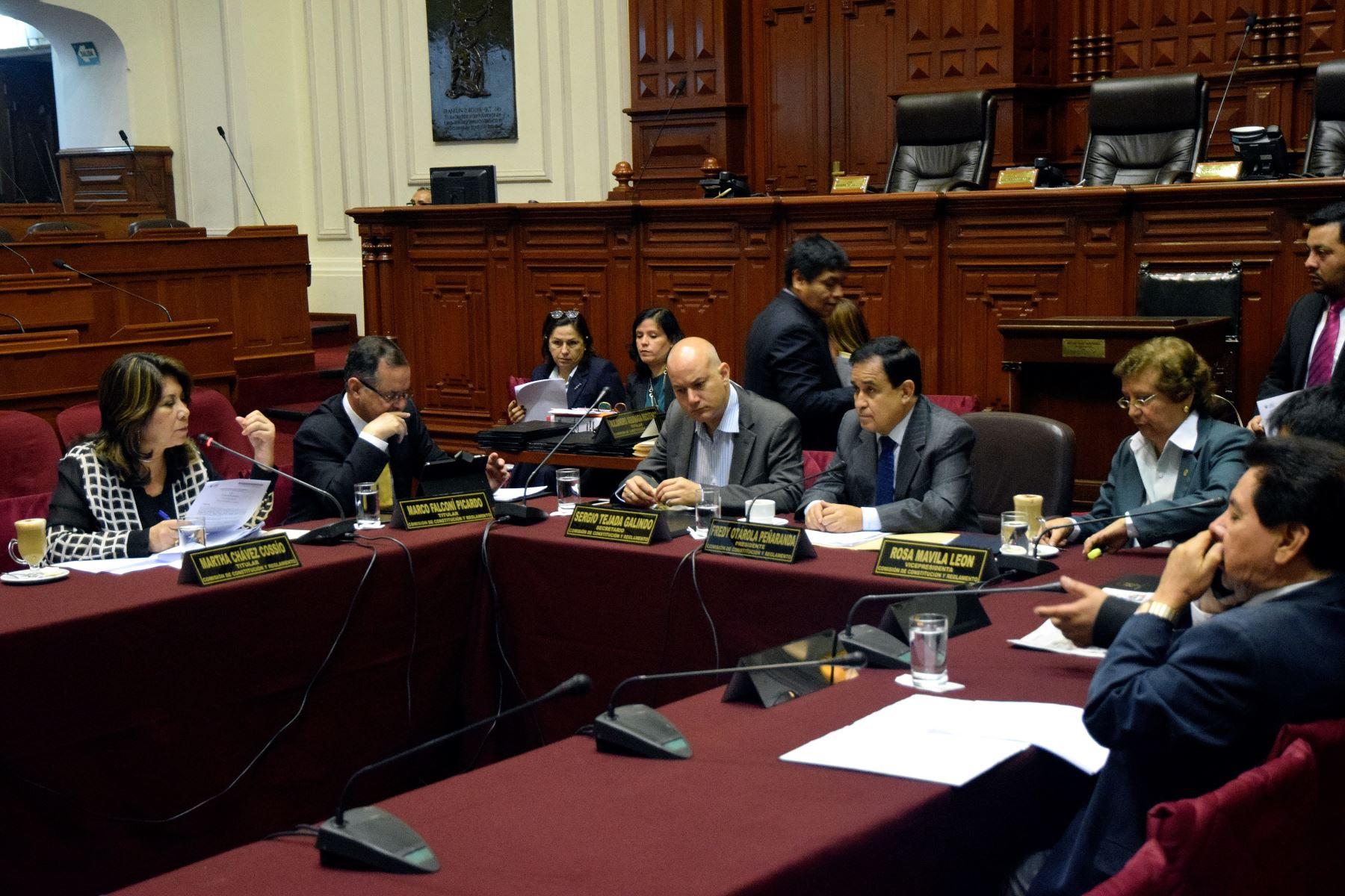 Comisión de Constitución 2015-2016.