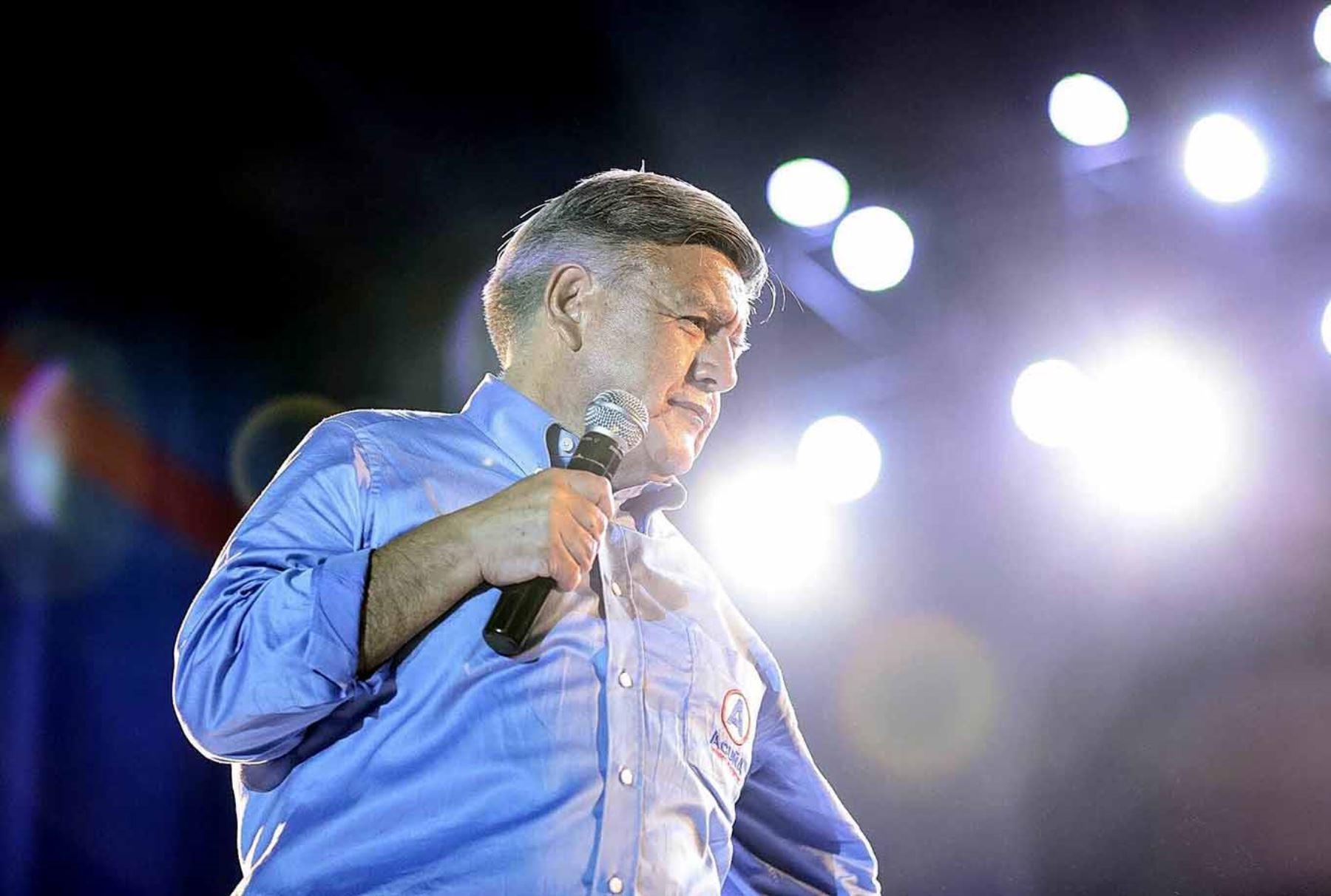 César Acuña admitió haberse reunido con el también candidato Hernando de Soto. ANDINA/Difusión