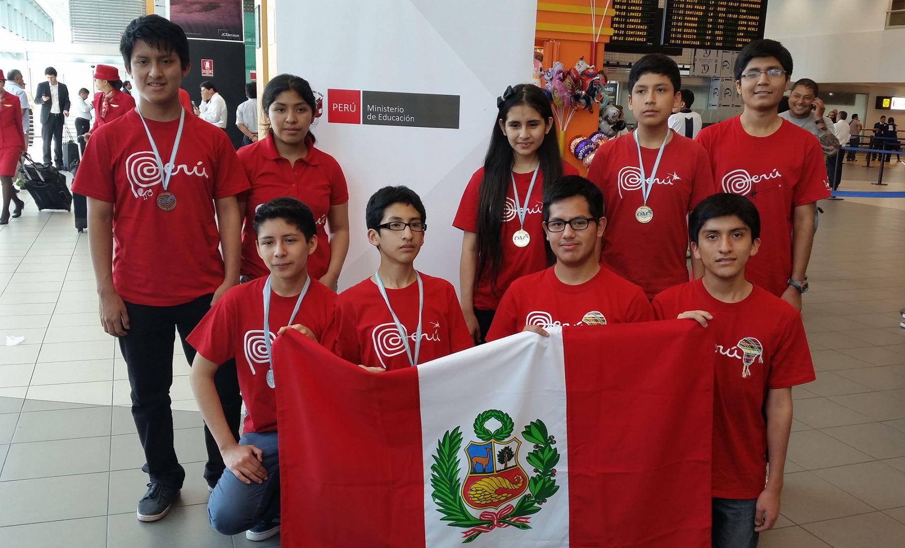 Selección peruana que participó en Olimpiadas Matemáticas Rioplatense. Foto: Andina/Difusión