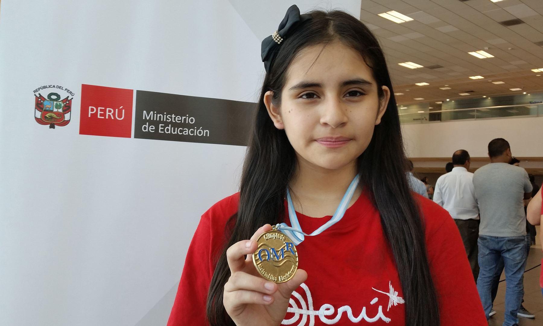 Mónica Martínez, ganadora de competencia de matemática en Argentina. Foto: Andina/difusión