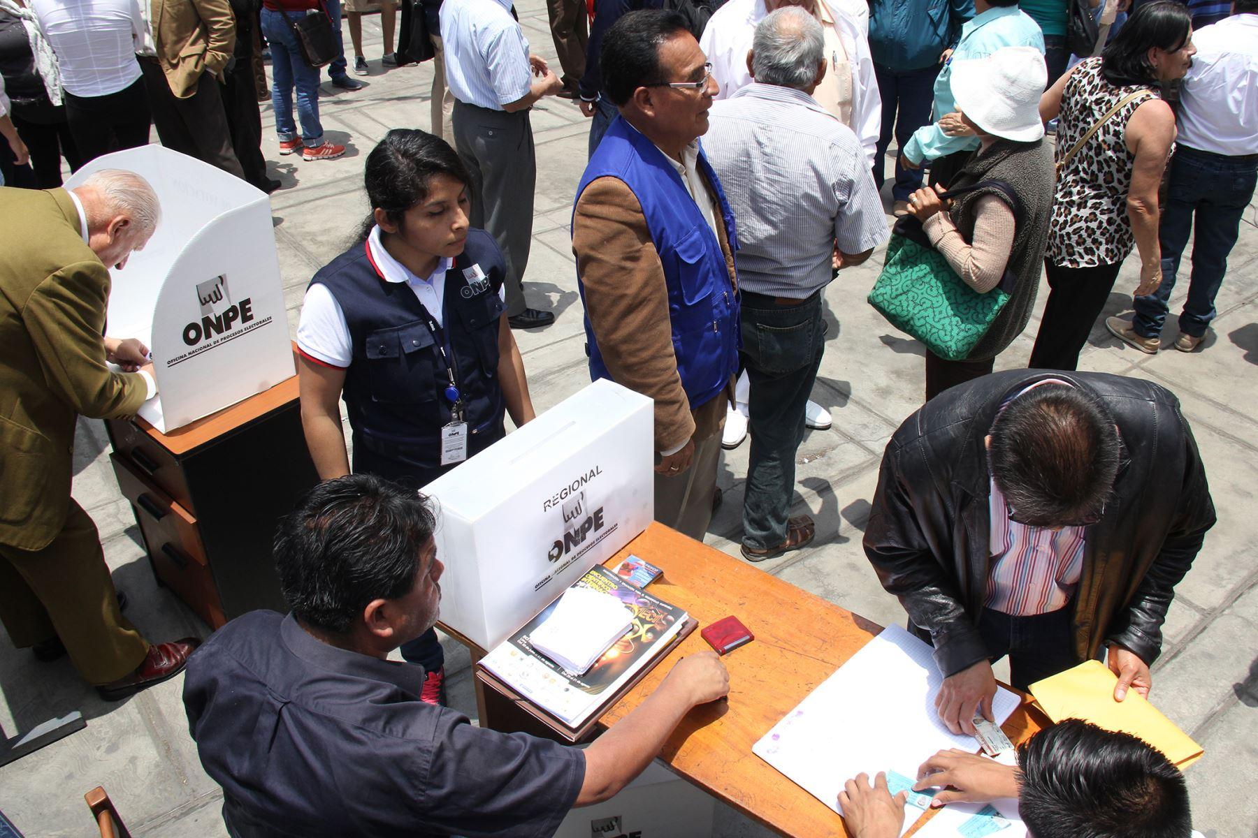 Elecciones 2021: delegados elegirán candidaturas en 16 agrupaciones | Noticias | Agencia Peruana de Noticias Andina
